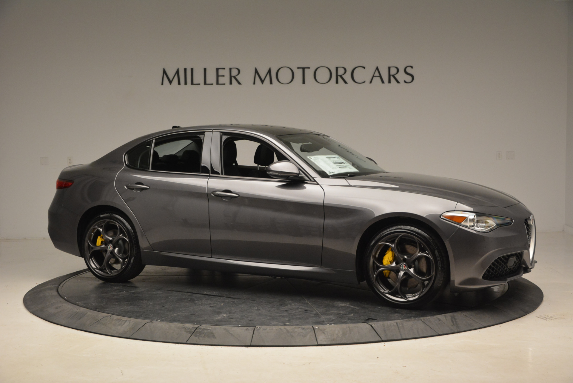New 2018 Alfa Romeo Giulia Ti Sport Q4 For Sale In Greenwich, CT. Alfa Romeo of Greenwich, LW073 1765_p10