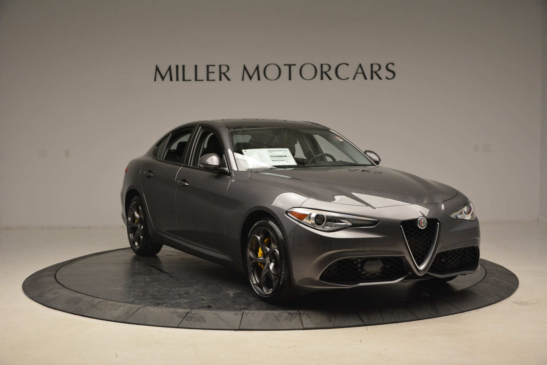 New 2018 Alfa Romeo Giulia Ti Sport Q4 For Sale In Greenwich, CT. Alfa Romeo of Greenwich, LW073 1765_p11