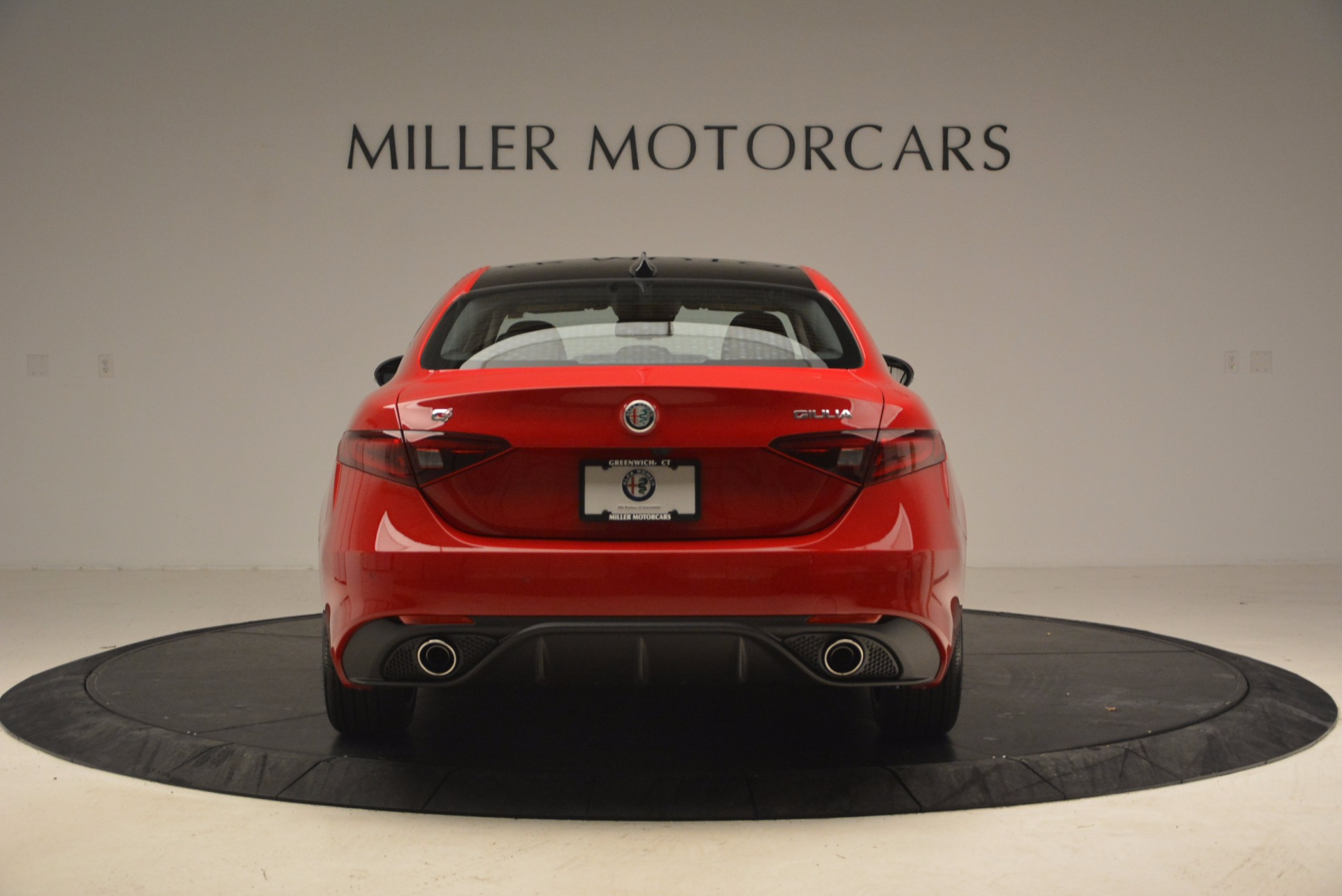 New 2018 Alfa Romeo Giulia Ti Sport Q4 For Sale In Greenwich, CT. Alfa Romeo of Greenwich, LW070 1768_p6