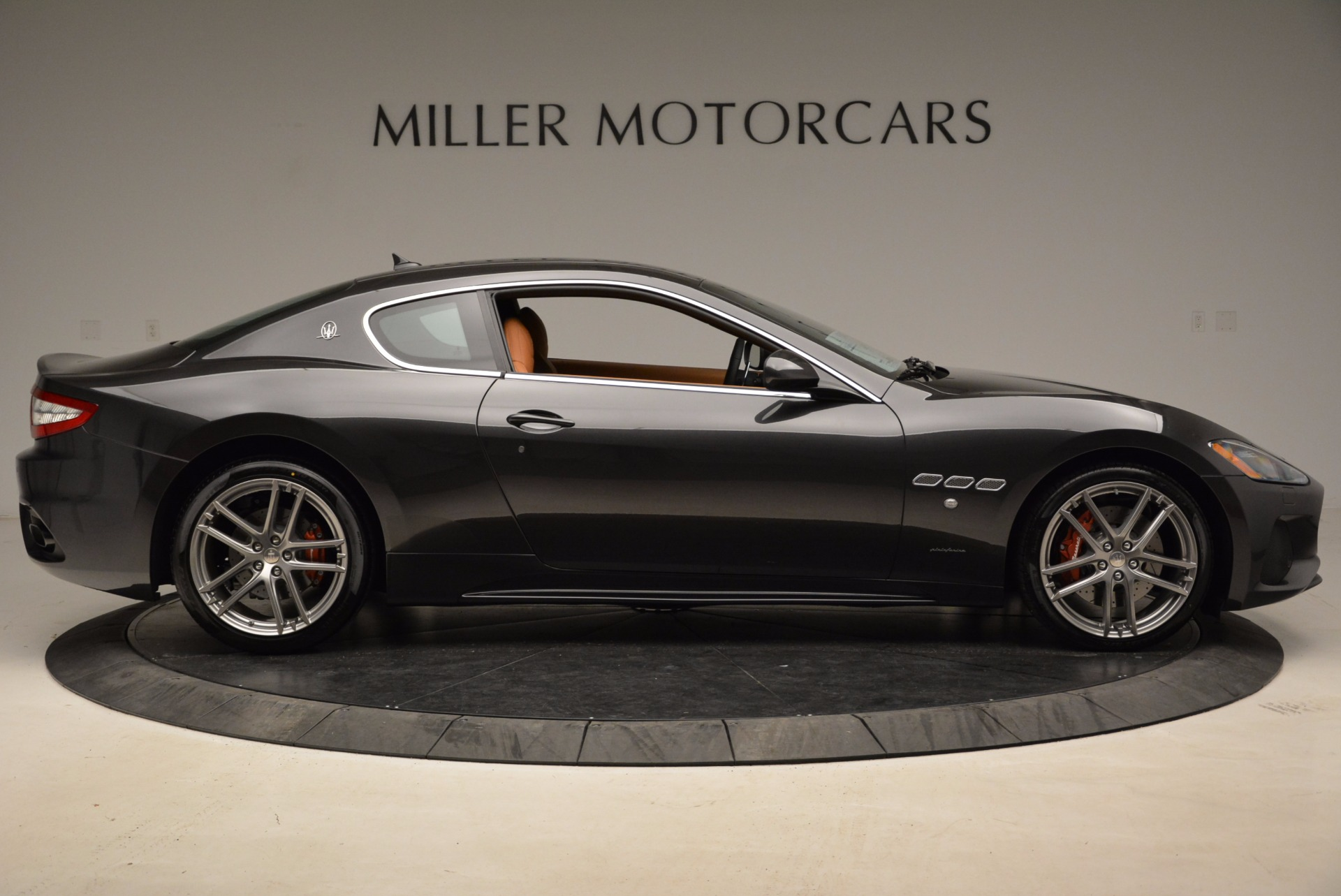 New 2018 Maserati GranTurismo Sport Coupe For Sale In Greenwich, CT. Alfa Romeo of Greenwich, W523 1771_p9