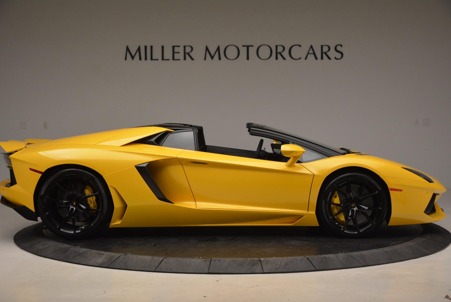 Used 2015 Lamborghini Aventador LP 700-4 Roadster For Sale In Greenwich, CT. Alfa Romeo of Greenwich, 7284 1774_p10