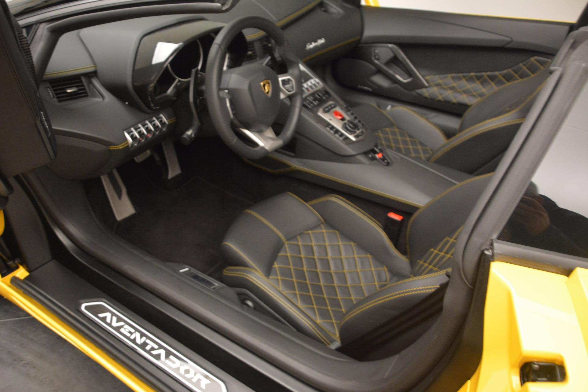 Used 2015 Lamborghini Aventador LP 700-4 Roadster For Sale In Greenwich, CT. Alfa Romeo of Greenwich, 7284 1774_p15