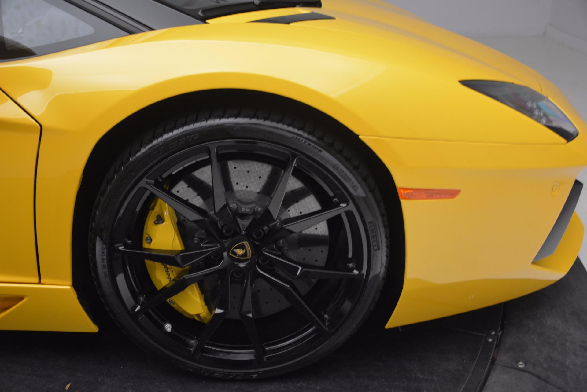 Used 2015 Lamborghini Aventador LP 700-4 Roadster For Sale In Greenwich, CT. Alfa Romeo of Greenwich, 7284 1774_p27