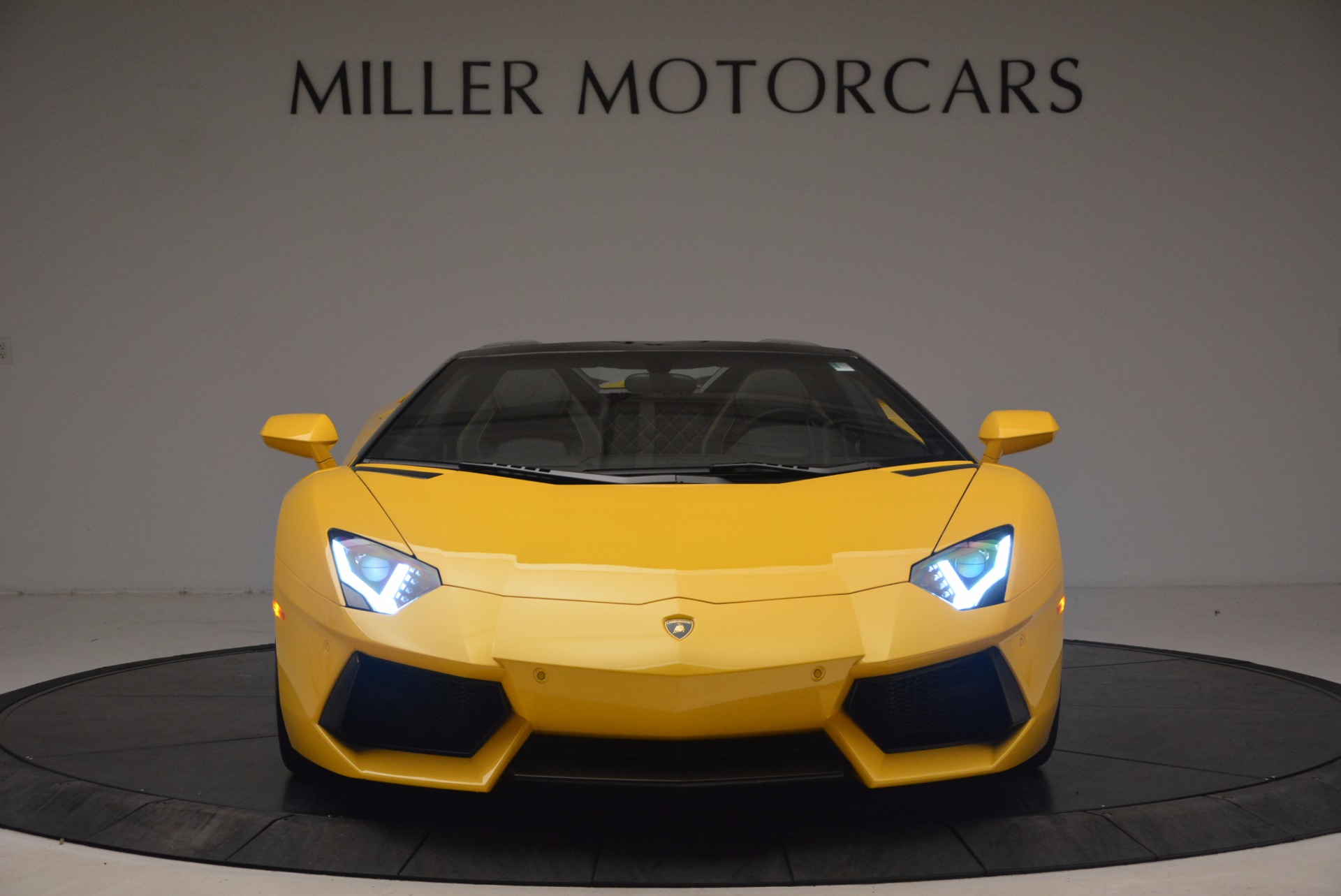 Used 2015 Lamborghini Aventador LP 700-4 Roadster For Sale In Greenwich, CT. Alfa Romeo of Greenwich, 7284 1774_p7