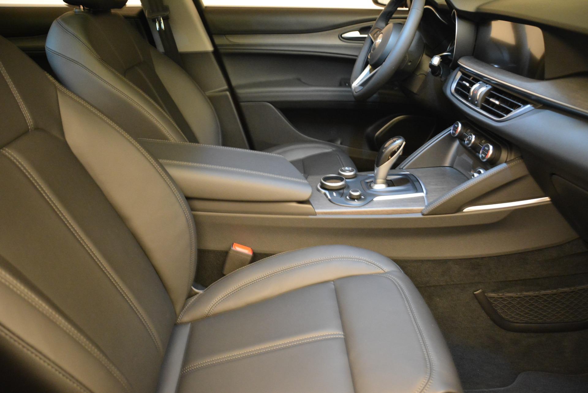 New 2018 Alfa Romeo Stelvio Ti Q4 For Sale In Greenwich, CT. Alfa Romeo of Greenwich, L304 1776_p20