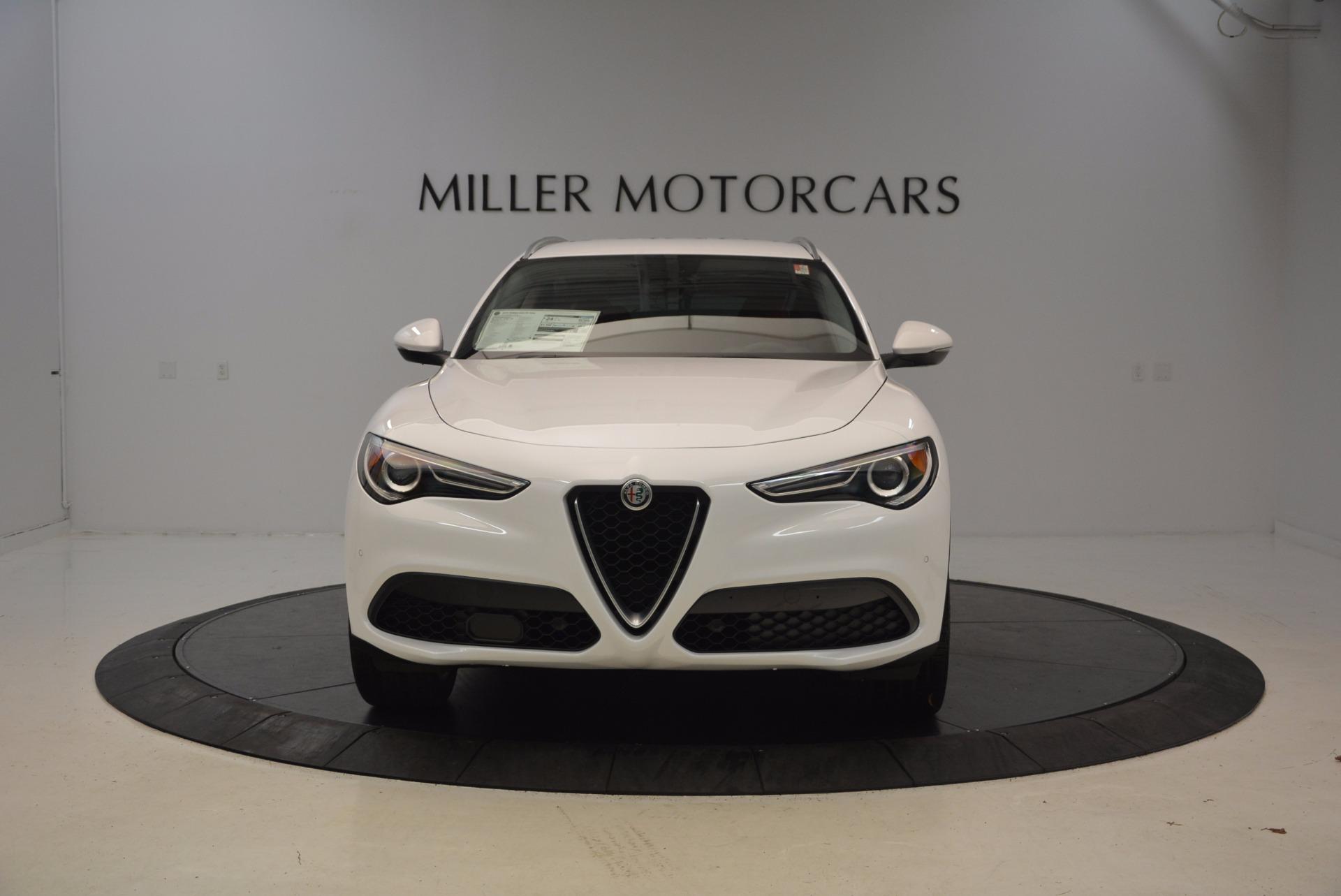 New 2018 Alfa Romeo Stelvio Ti Sport Q4 For Sale In Greenwich, CT. Alfa Romeo of Greenwich, L303 1777_p12