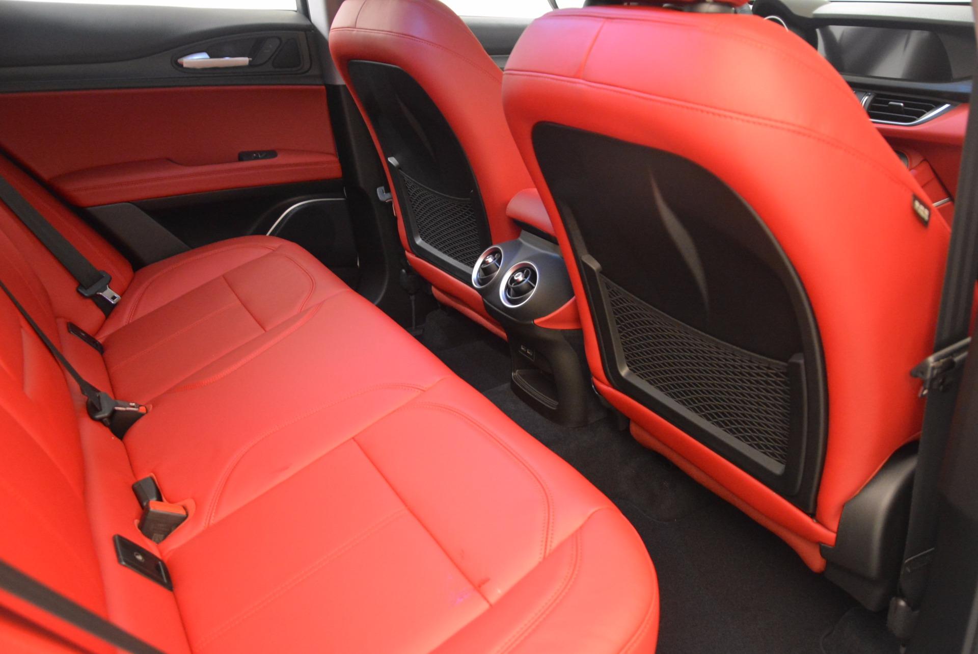 New 2018 Alfa Romeo Stelvio Ti Sport Q4 For Sale In Greenwich, CT. Alfa Romeo of Greenwich, L303 1777_p22