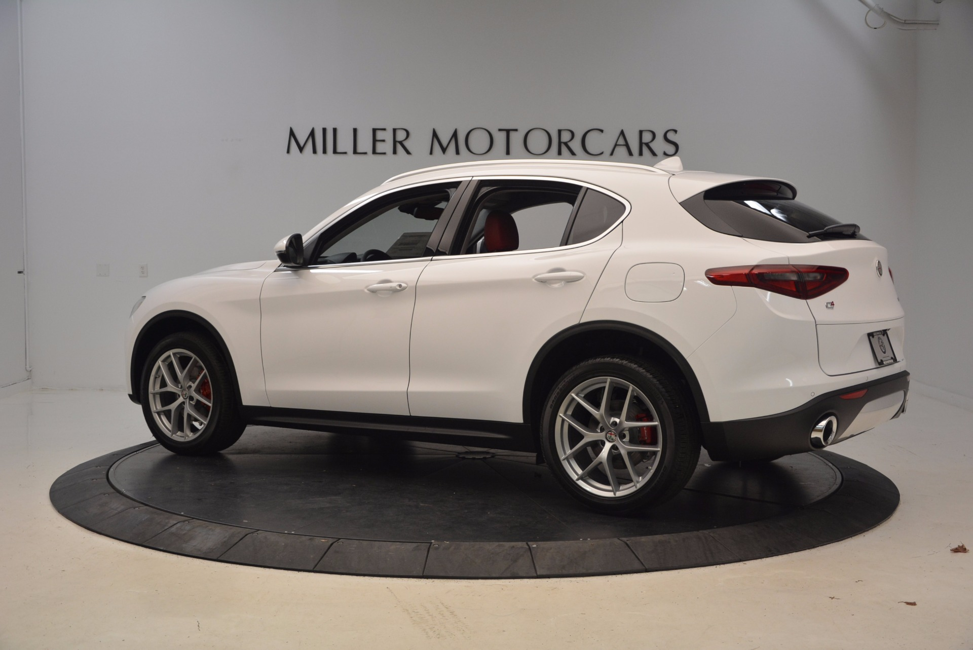 New 2018 Alfa Romeo Stelvio Ti Q4 For Sale In Greenwich, CT. Alfa Romeo of Greenwich, L301 1779_p4