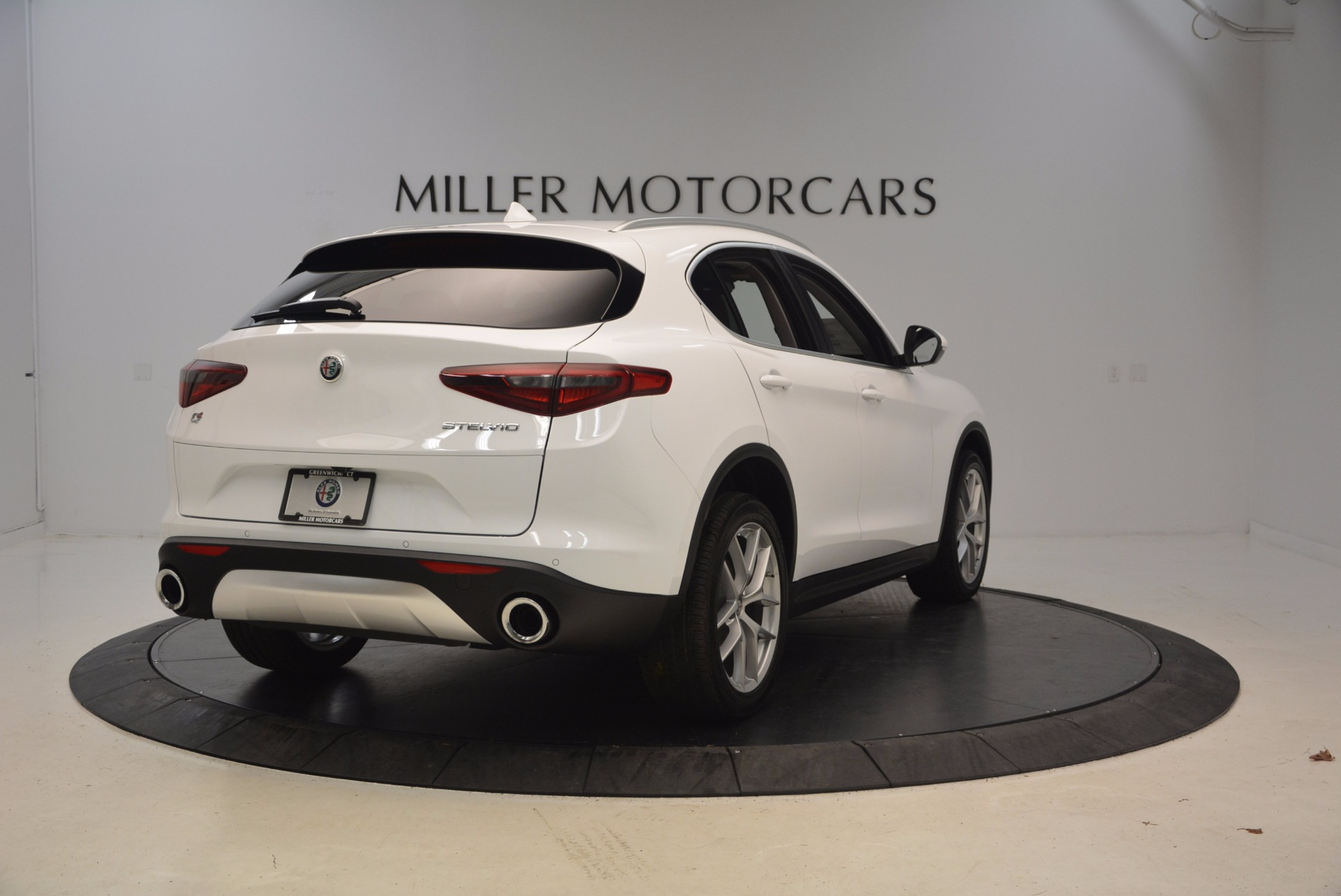 New 2018 Alfa Romeo Stelvio Ti Q4 For Sale In Greenwich, CT. Alfa Romeo of Greenwich, L301 1779_p7