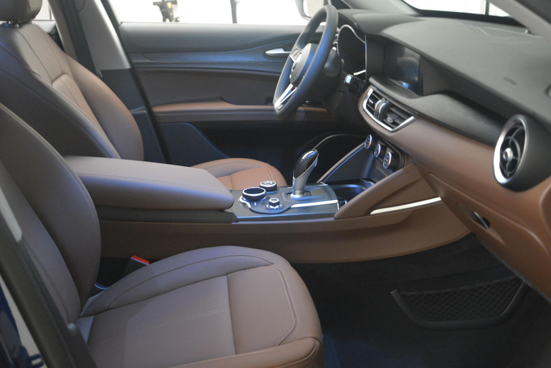New 2018 Alfa Romeo Stelvio Q4 For Sale In Greenwich, CT. Alfa Romeo of Greenwich, L299 1780_p22