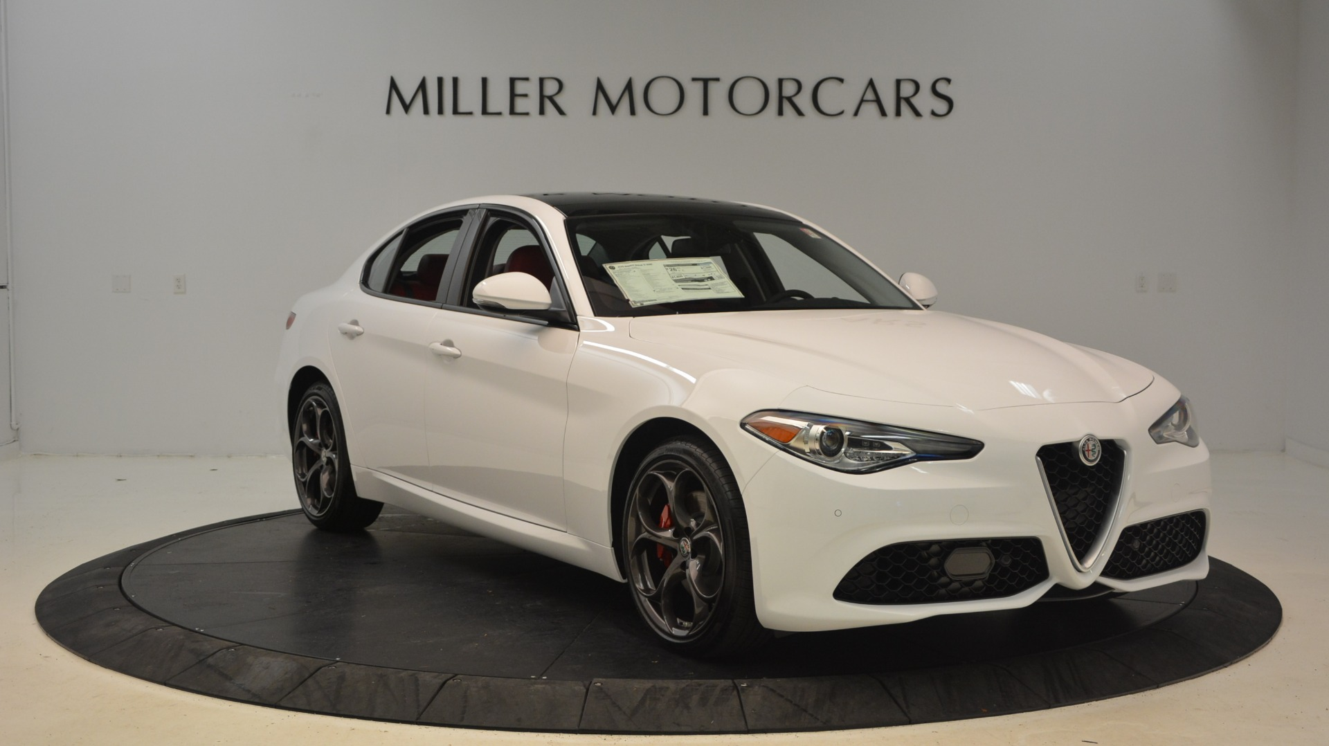 New 2018 Alfa Romeo Giulia Ti Sport Q4 For Sale In Greenwich, CT. Alfa Romeo of Greenwich, L298 1781_p11