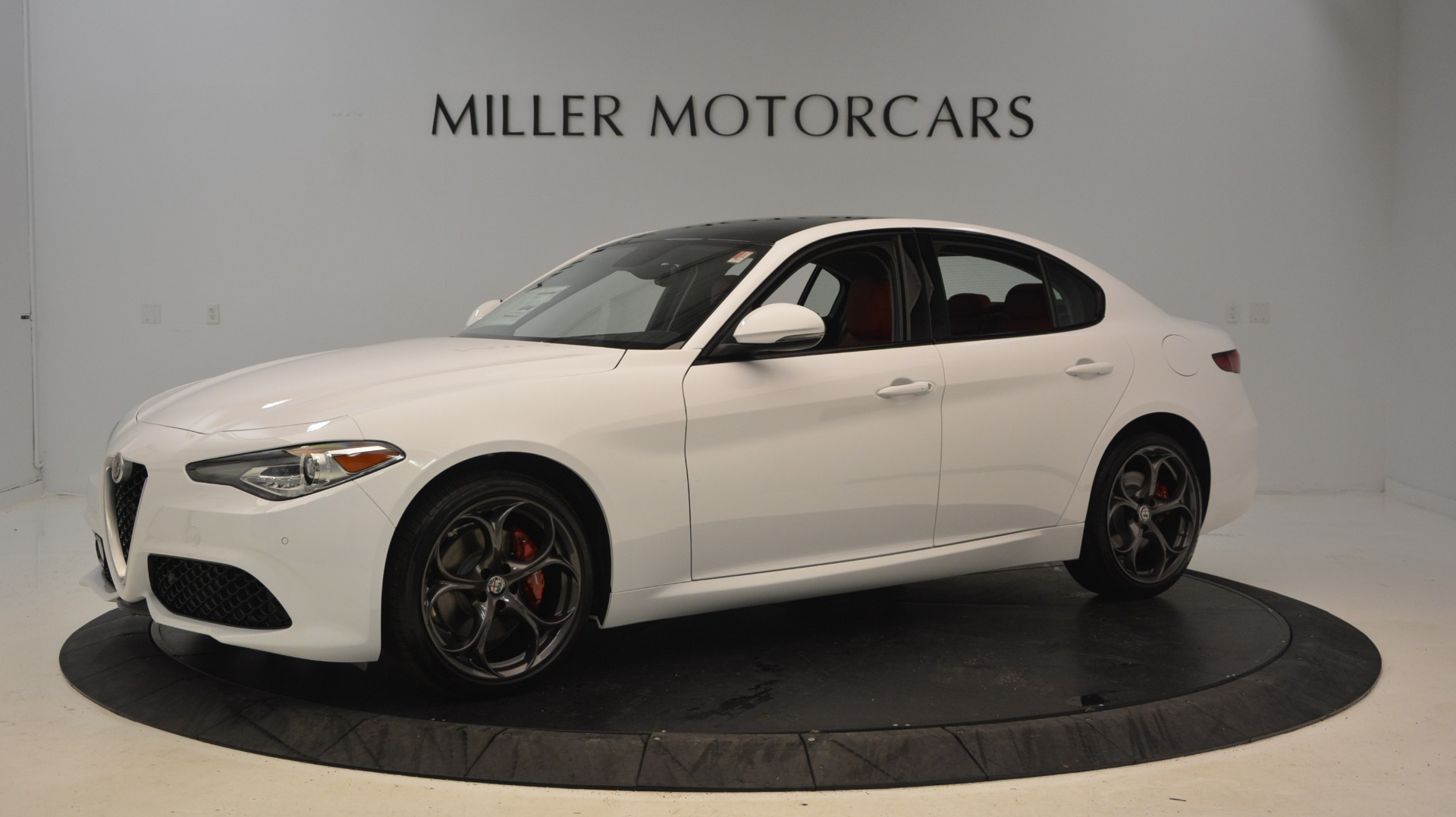 New 2018 Alfa Romeo Giulia Ti Sport Q4 For Sale In Greenwich, CT. Alfa Romeo of Greenwich, L298 1781_p2