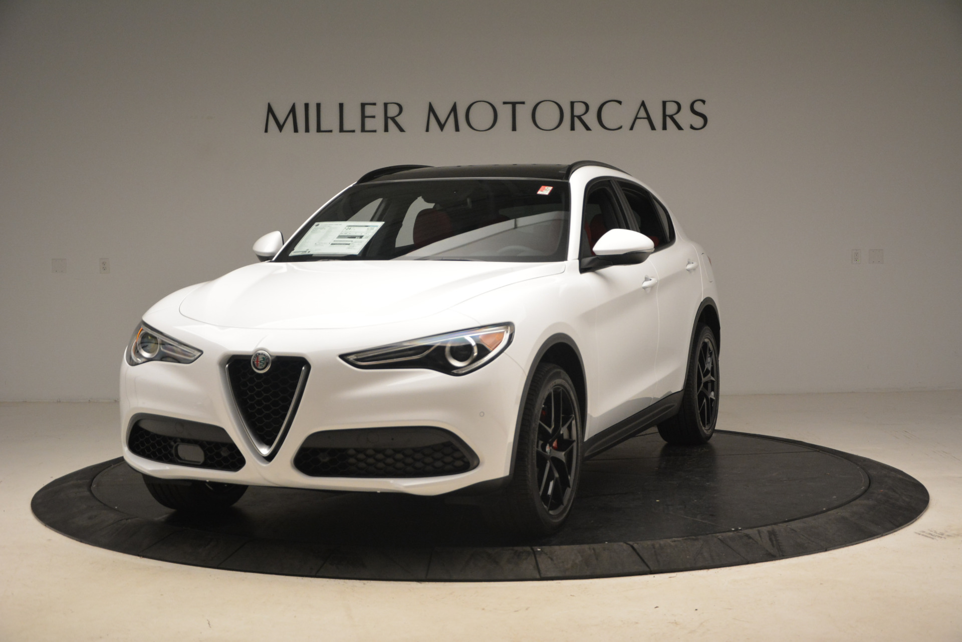 New 2018 Alfa Romeo Stelvio Ti Sport Q4 For Sale In Greenwich, CT. Alfa Romeo of Greenwich, LW087 1783_main