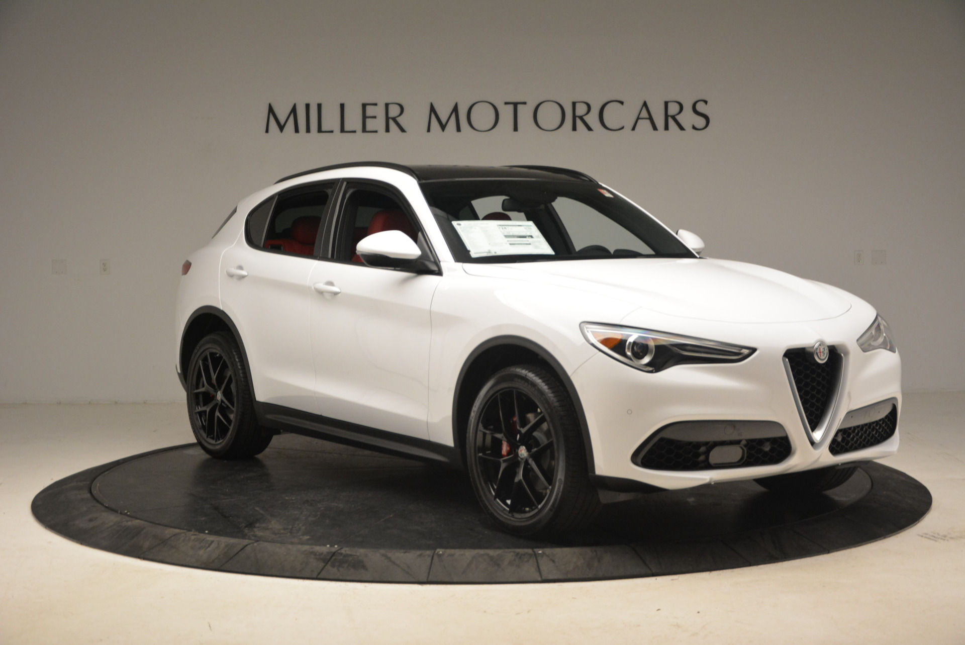 New 2018 Alfa Romeo Stelvio Ti Sport Q4 For Sale In Greenwich, CT. Alfa Romeo of Greenwich, LW087 1783_p11