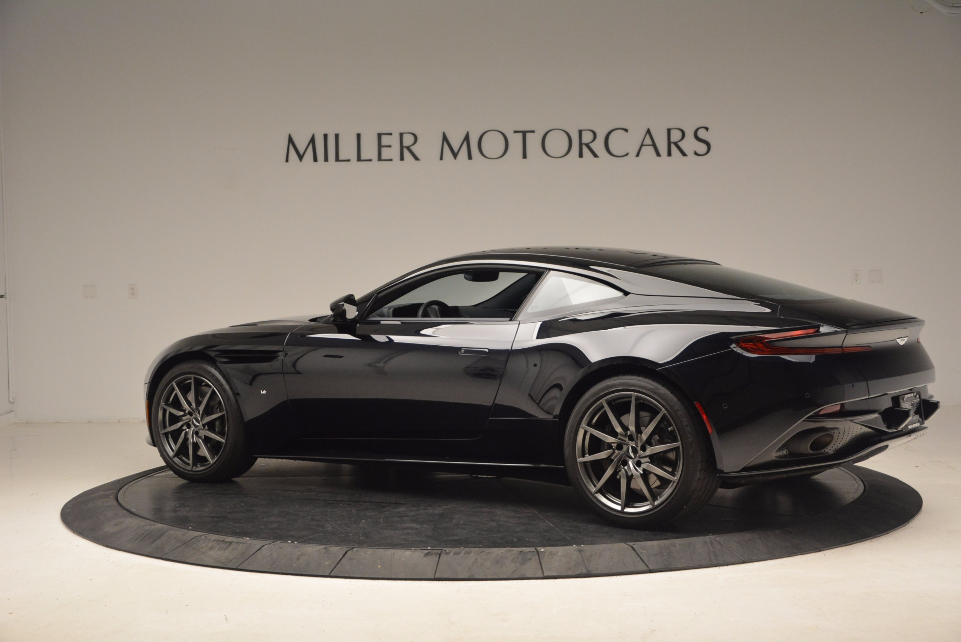 Used 2017 Aston Martin DB11  For Sale In Greenwich, CT. Alfa Romeo of Greenwich, A1236 1786_p4