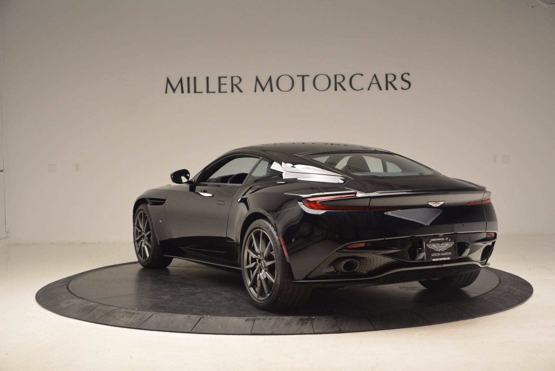 Used 2017 Aston Martin DB11  For Sale In Greenwich, CT. Alfa Romeo of Greenwich, A1236 1786_p5