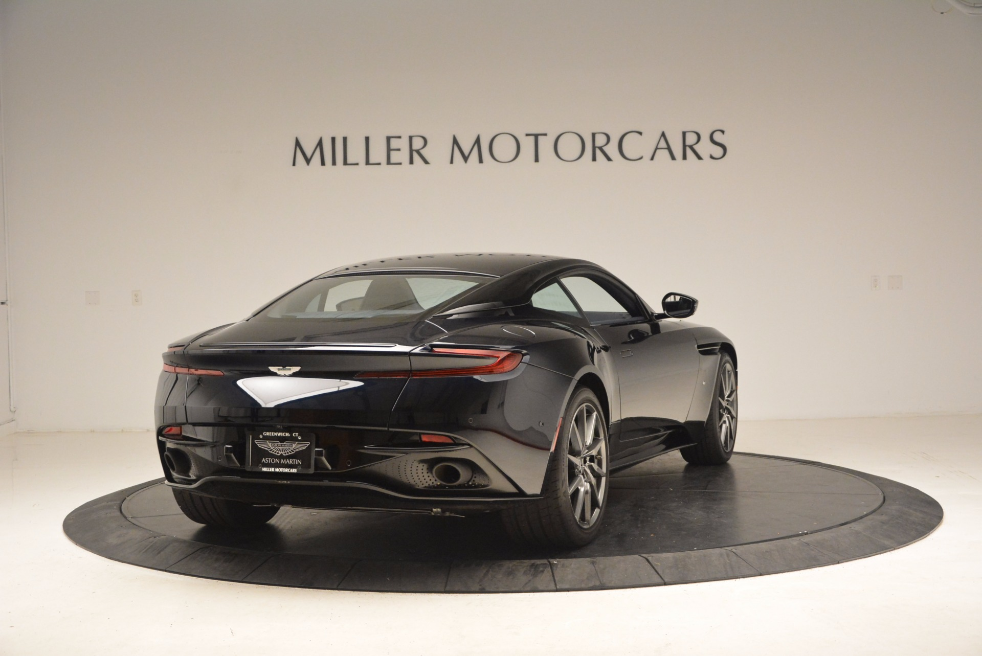 Used 2017 Aston Martin DB11  For Sale In Greenwich, CT. Alfa Romeo of Greenwich, A1236 1786_p7