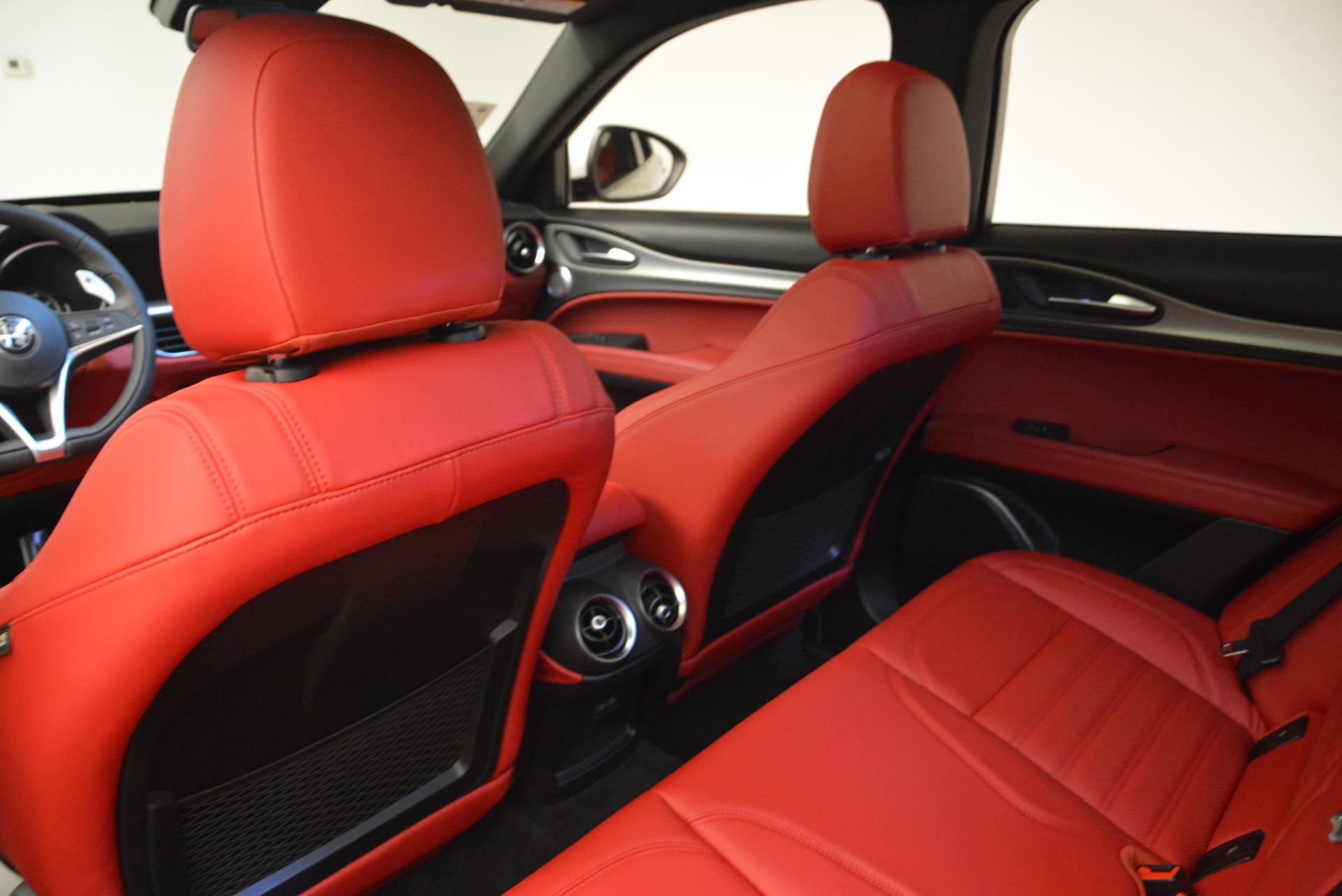 New 2018 Alfa Romeo Stelvio Ti Sport Q4 For Sale In Greenwich, CT. Alfa Romeo of Greenwich, LW090 1787_p16