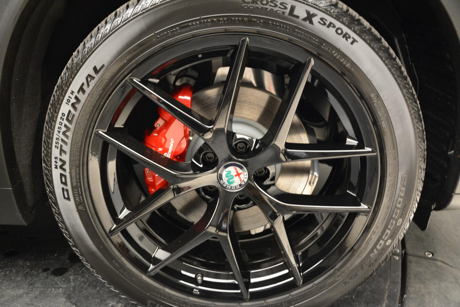 New 2018 Alfa Romeo Stelvio Ti Sport Q4 For Sale In Greenwich, CT. Alfa Romeo of Greenwich, LW089 1788_p25