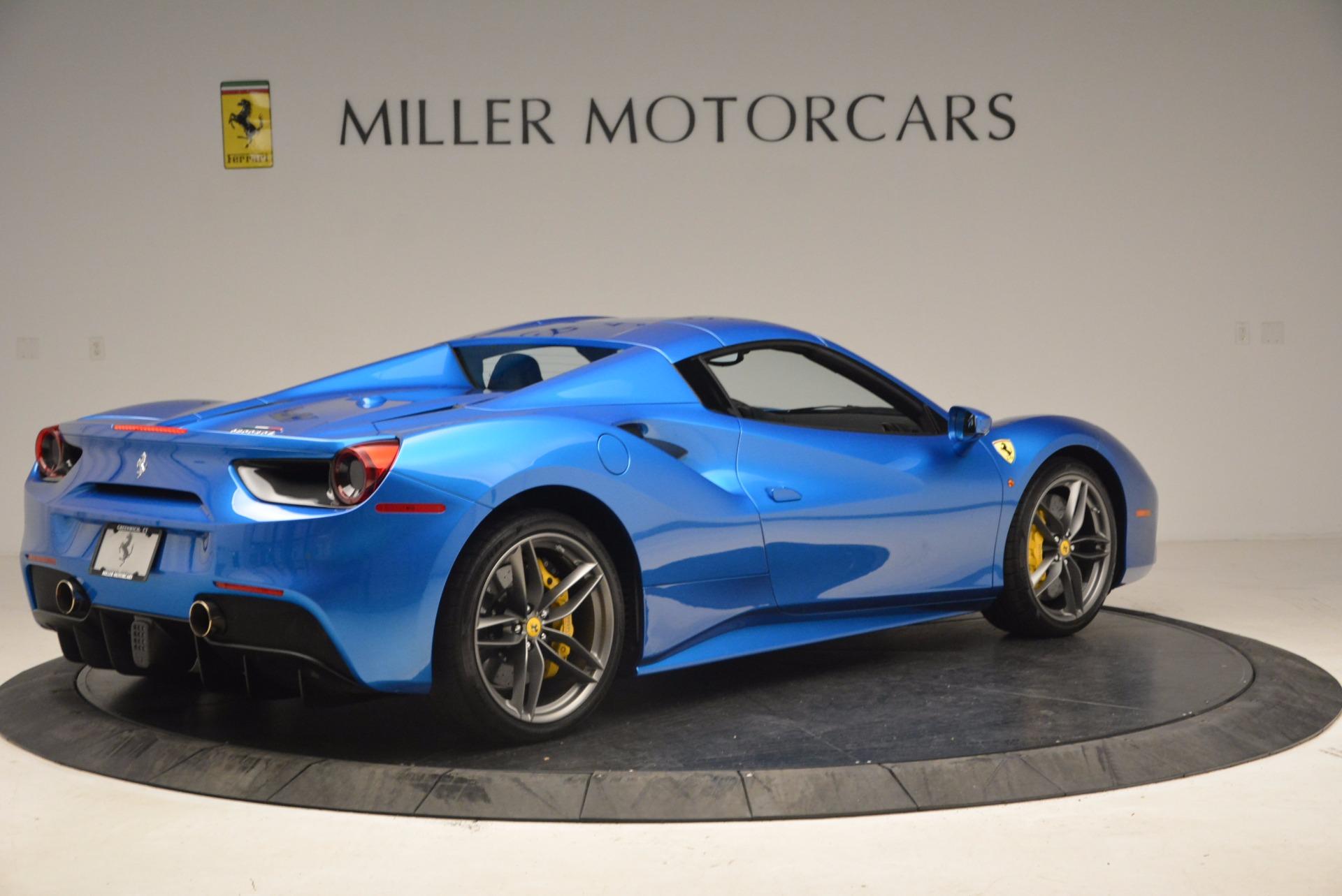 Used 2017 Ferrari 488 Spider  For Sale In Greenwich, CT. Alfa Romeo of Greenwich, 4436 1791_p17