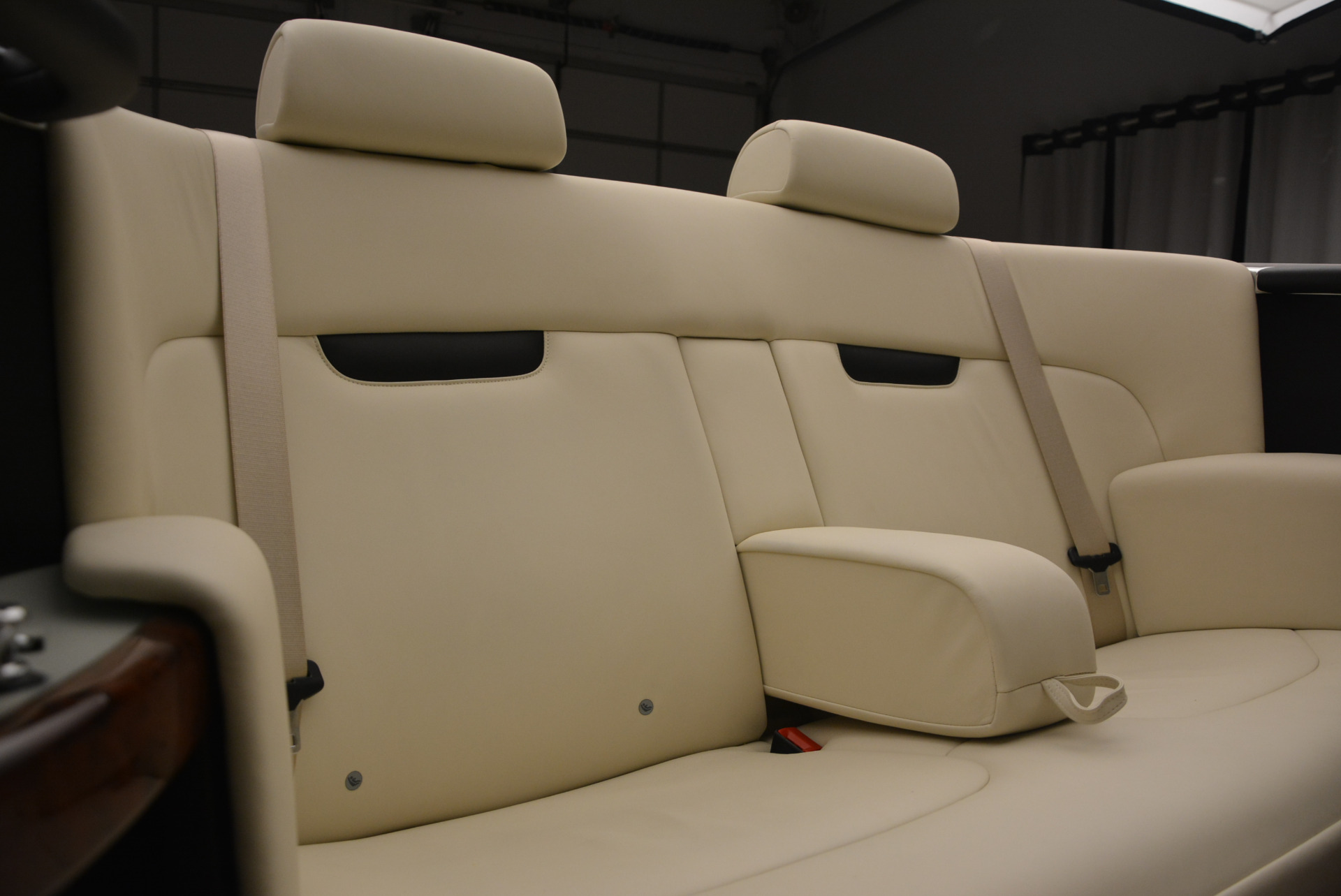 Used 2009 Rolls-Royce Phantom Drophead Coupe  For Sale In Greenwich, CT. Alfa Romeo of Greenwich, 7296 1792_p40