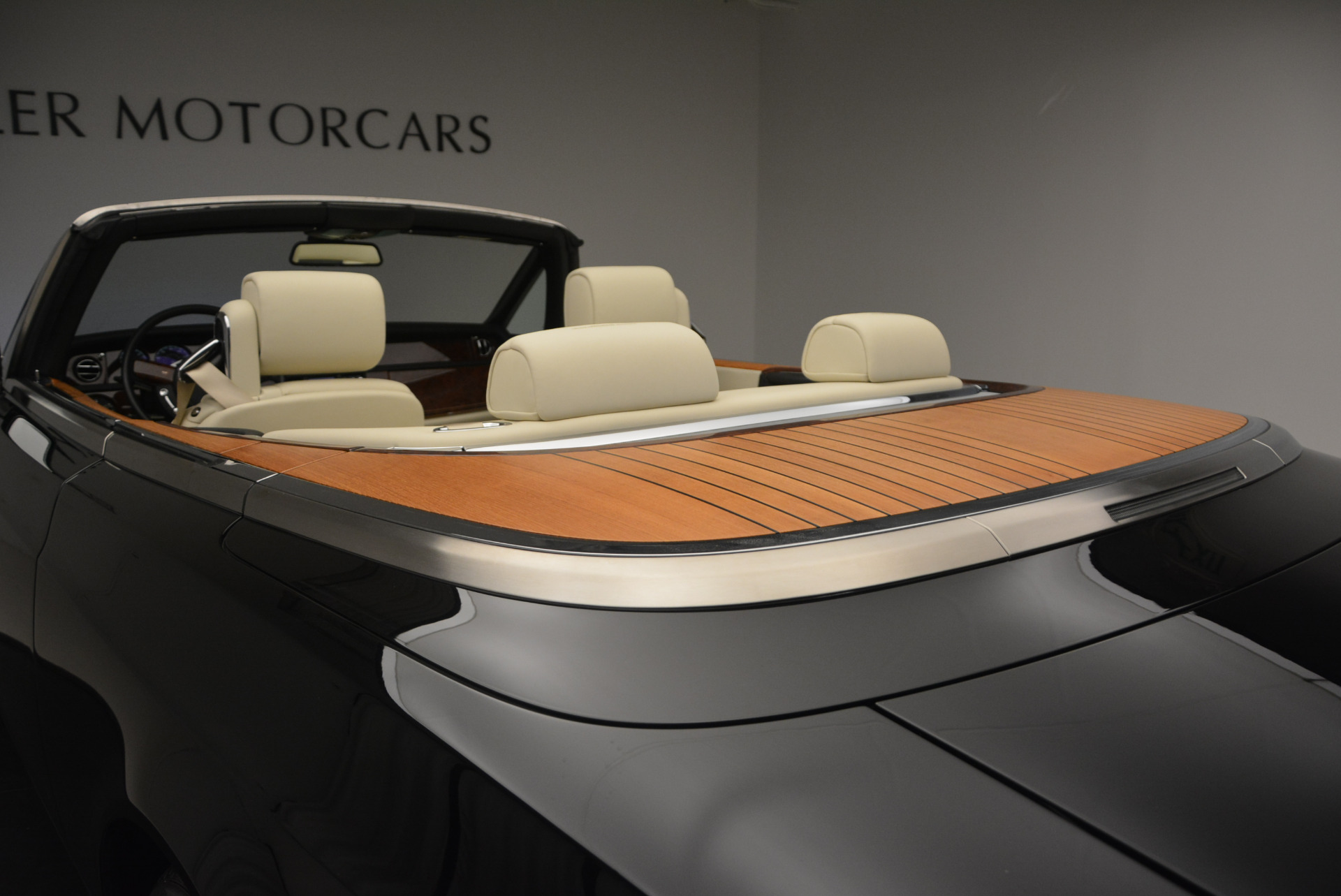 Used 2009 Rolls-Royce Phantom Drophead Coupe  For Sale In Greenwich, CT. Alfa Romeo of Greenwich, 7296 1792_p42