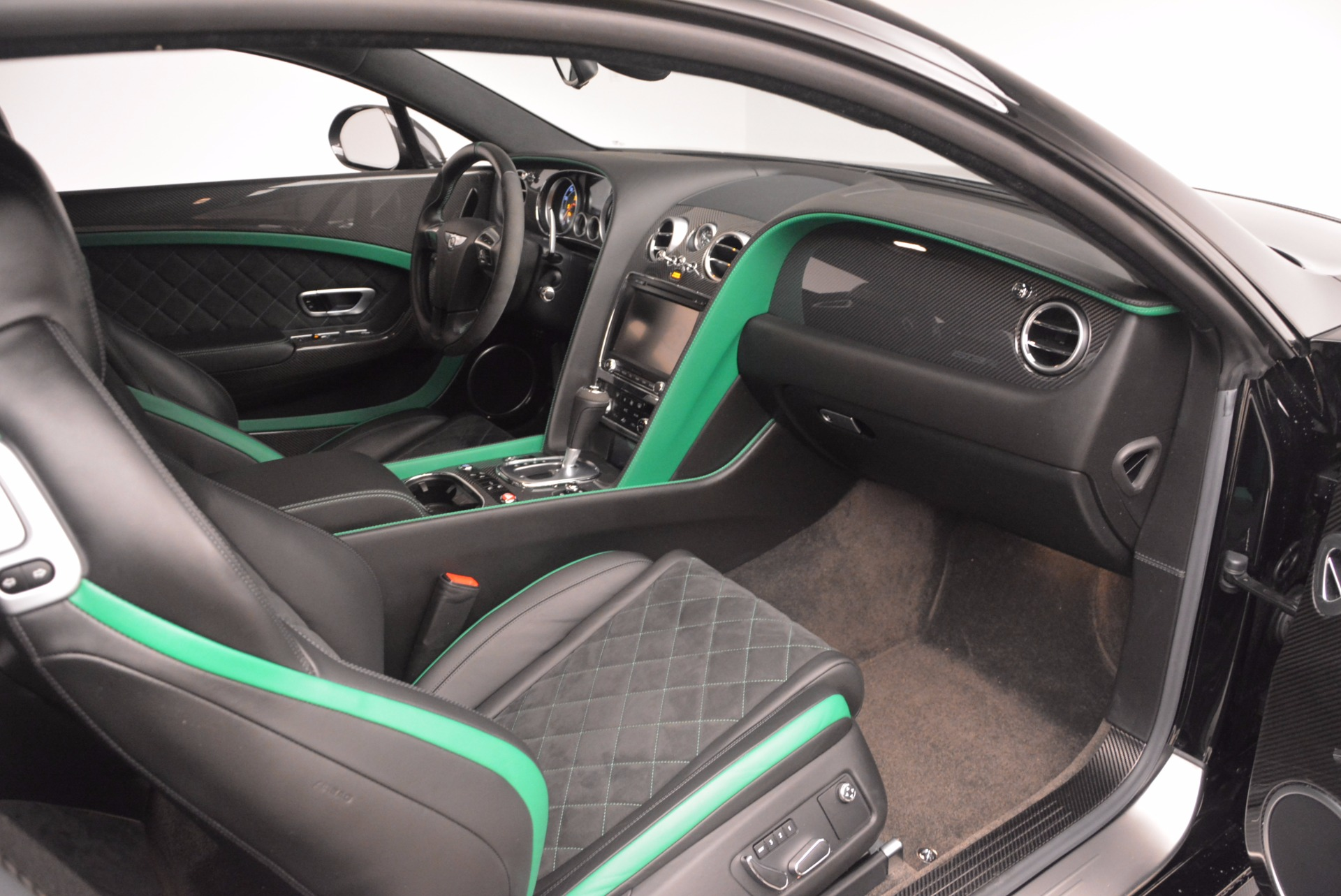 Used 2015 Bentley Continental GT GT3-R For Sale In Greenwich, CT. Alfa Romeo of Greenwich, 4368A 1794_p24