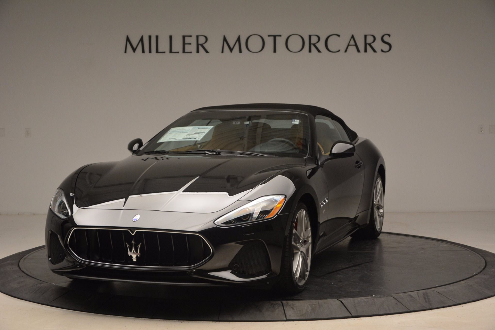 New 2018 Maserati GranTurismo Sport Convertible For Sale In Greenwich, CT. Alfa Romeo of Greenwich, M1970 1795_p13