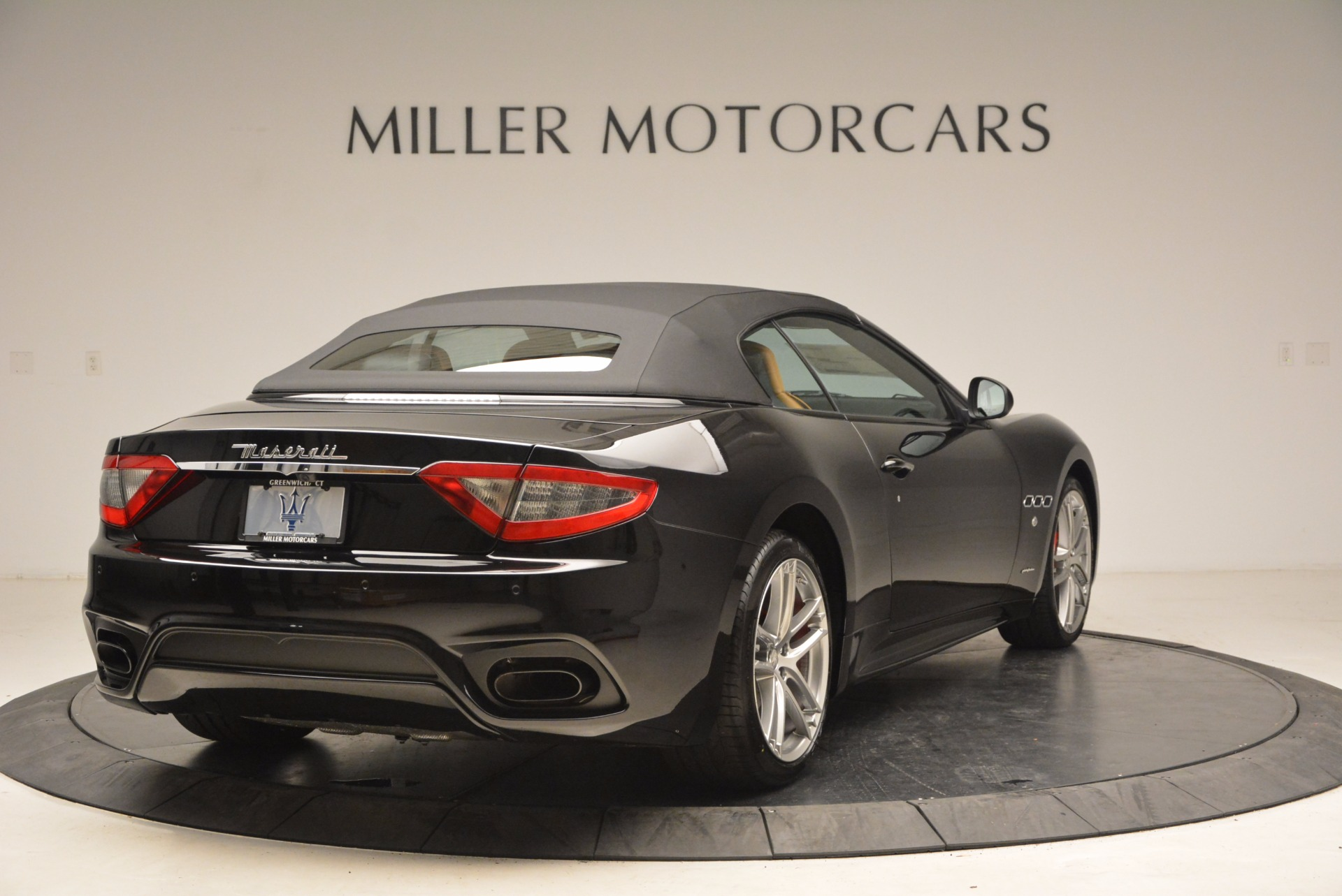 New 2018 Maserati GranTurismo Sport Convertible For Sale In Greenwich, CT. Alfa Romeo of Greenwich, M1970 1795_p19