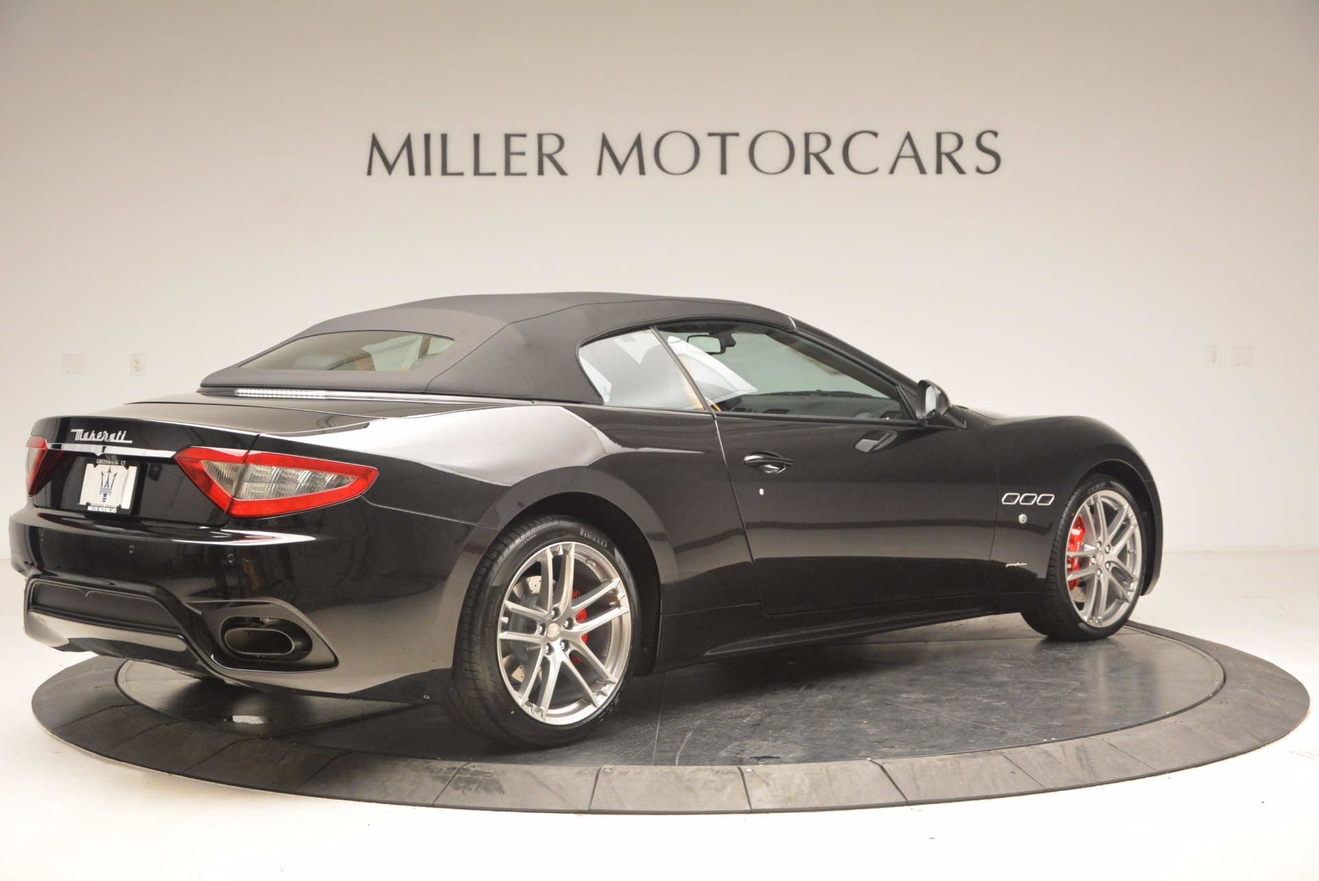 New 2018 Maserati GranTurismo Sport Convertible For Sale In Greenwich, CT. Alfa Romeo of Greenwich, M1970 1795_p20