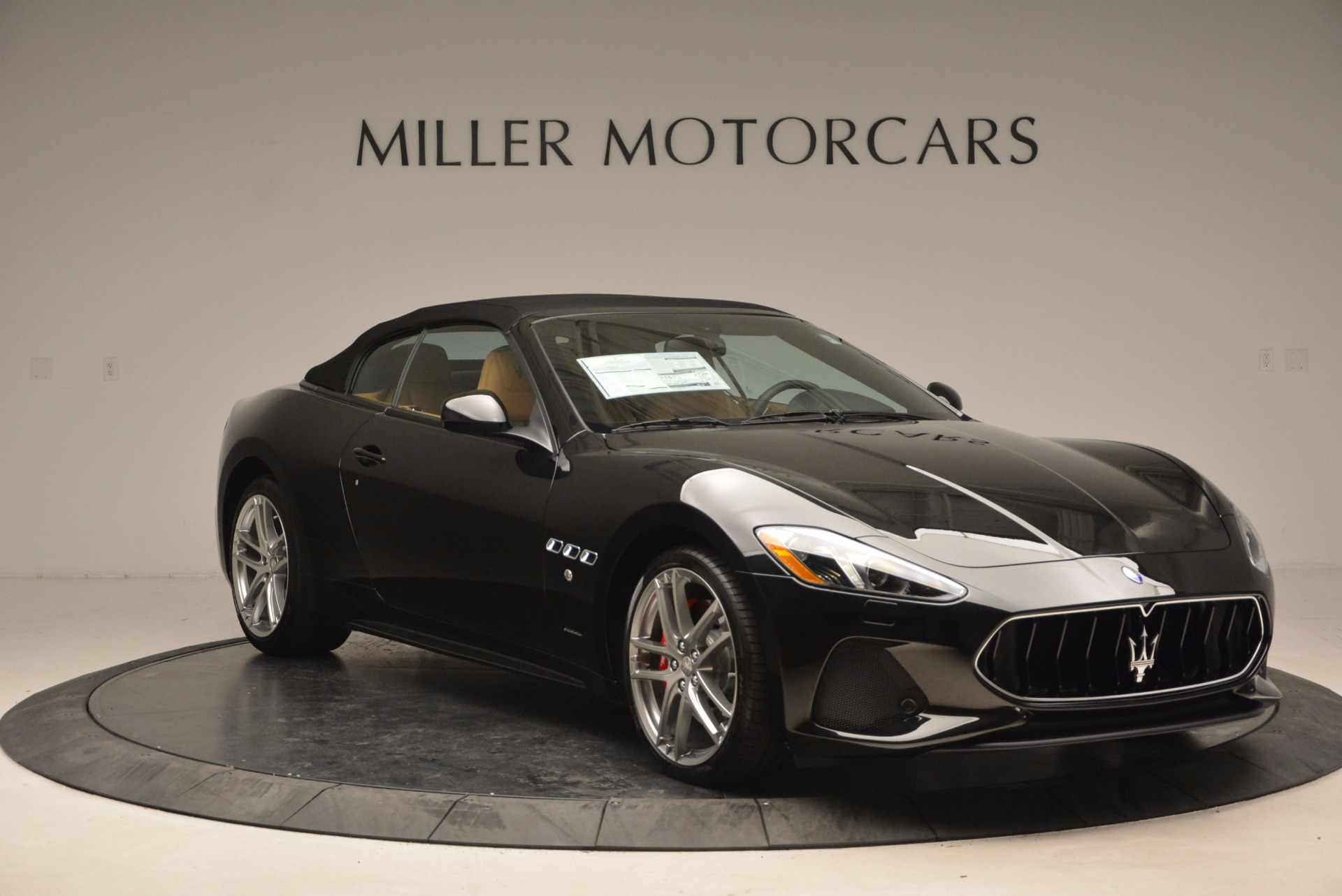 New 2018 Maserati GranTurismo Sport Convertible For Sale In Greenwich, CT. Alfa Romeo of Greenwich, M1970 1795_p23