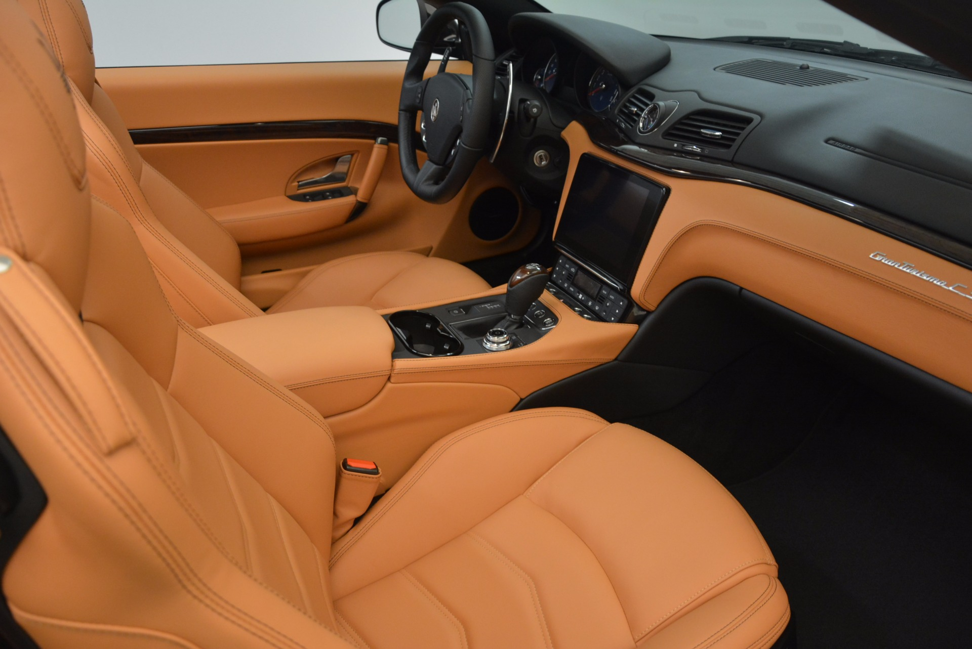New 2018 Maserati GranTurismo Sport Convertible For Sale In Greenwich, CT. Alfa Romeo of Greenwich, M1970 1795_p32