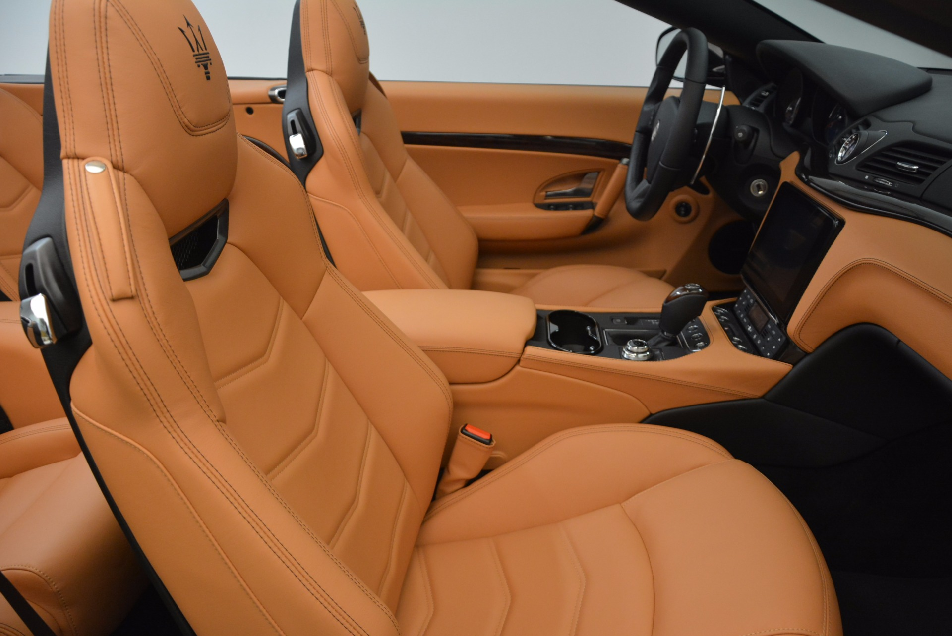 New 2018 Maserati GranTurismo Sport Convertible For Sale In Greenwich, CT. Alfa Romeo of Greenwich, M1970 1795_p33
