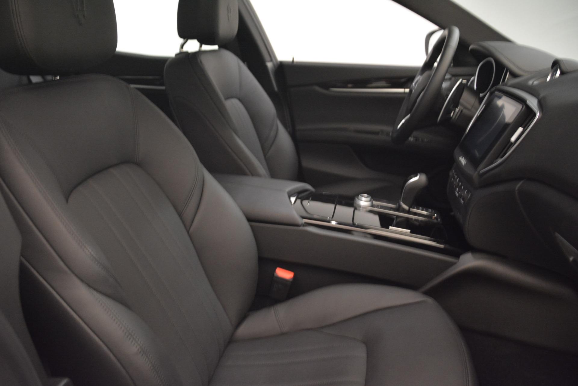 New 2018 Maserati Ghibli S Q4 For Sale In Greenwich, CT. Alfa Romeo of Greenwich, W525 1797_p22