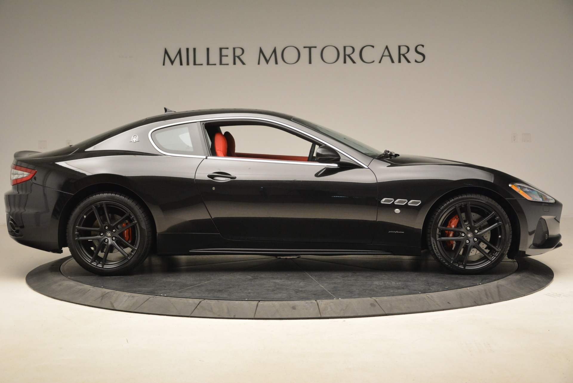 New 2018 Maserati GranTurismo Sport For Sale In Greenwich, CT. Alfa Romeo of Greenwich, W529 1799_p8
