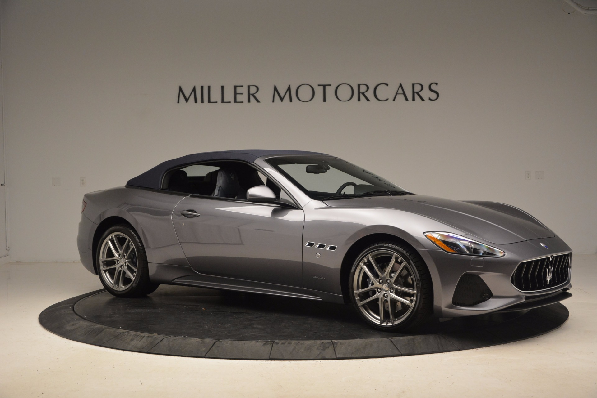 New 2018 Maserati GranTurismo Sport Convertible For Sale In Greenwich, CT. Alfa Romeo of Greenwich, W647 1802_p19