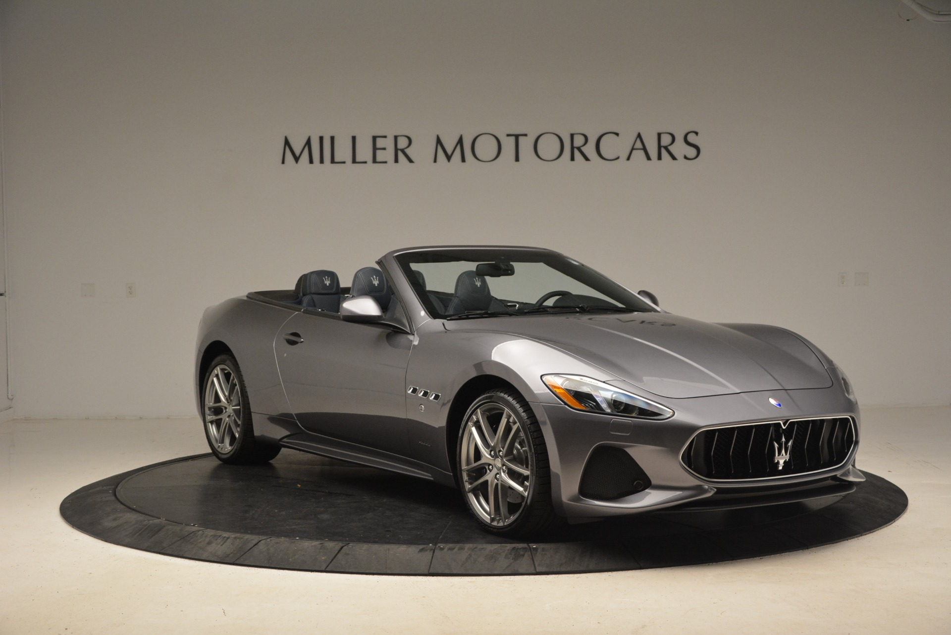 New 2018 Maserati GranTurismo Sport Convertible For Sale In Greenwich, CT. Alfa Romeo of Greenwich, W647 1802_p22