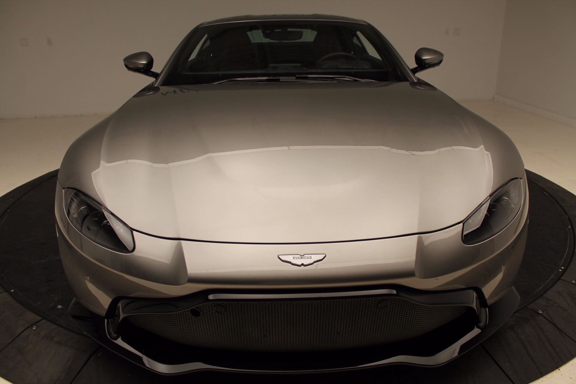 New 2019 Aston Martin Vantage  For Sale In Greenwich, CT. Alfa Romeo of Greenwich, NOW TAKING ORDERS 1803_p34