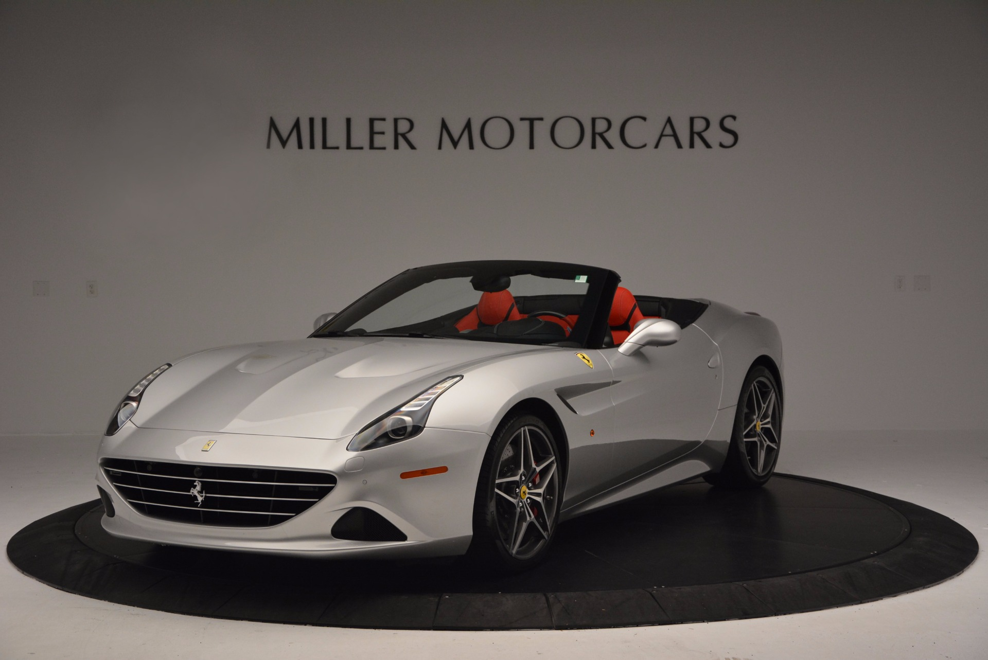 Used 2015 Ferrari California T  For Sale In Greenwich, CT. Alfa Romeo of Greenwich, 4562A