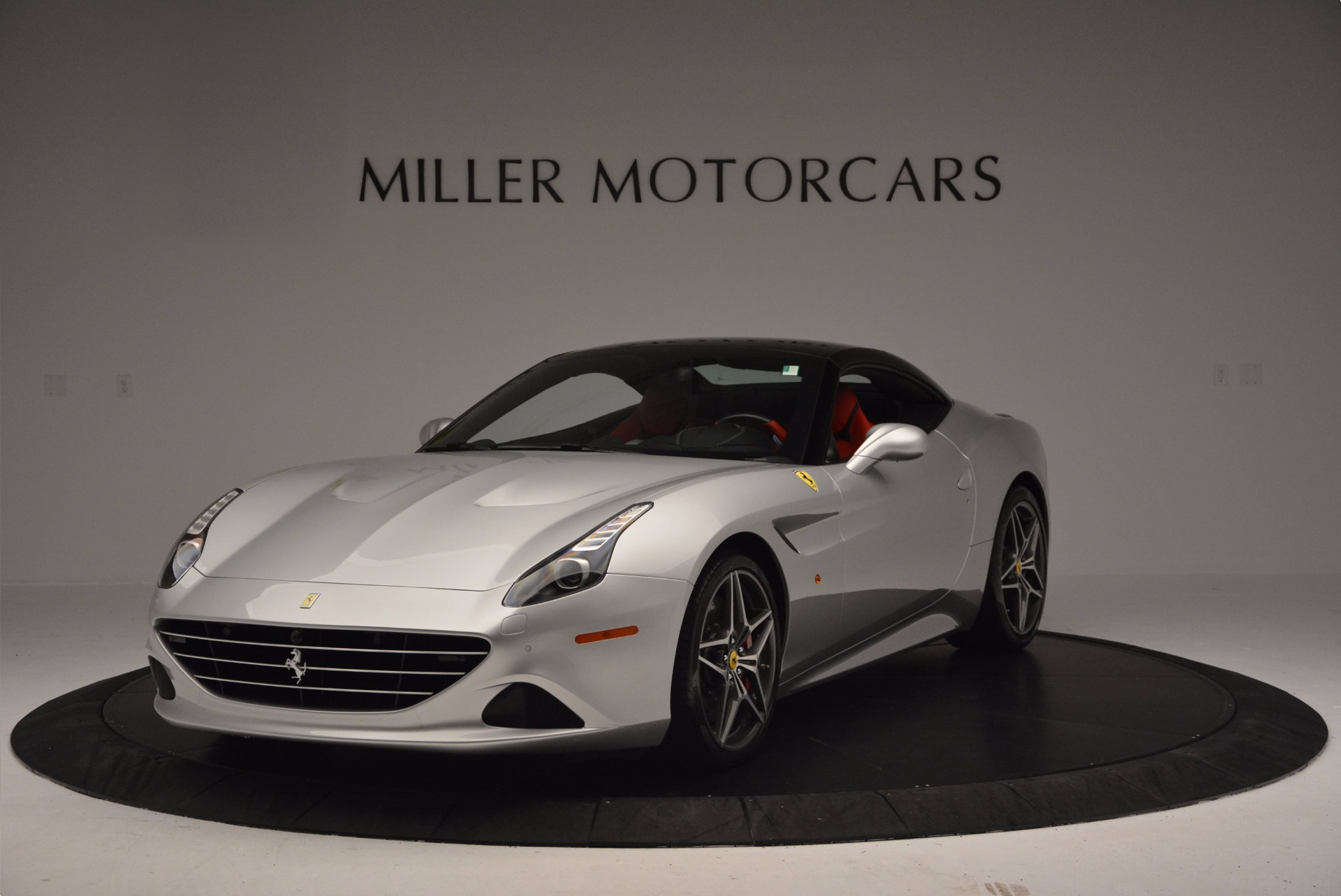 Used 2015 Ferrari California T  For Sale In Greenwich, CT. Alfa Romeo of Greenwich, 4562A 1808_p13
