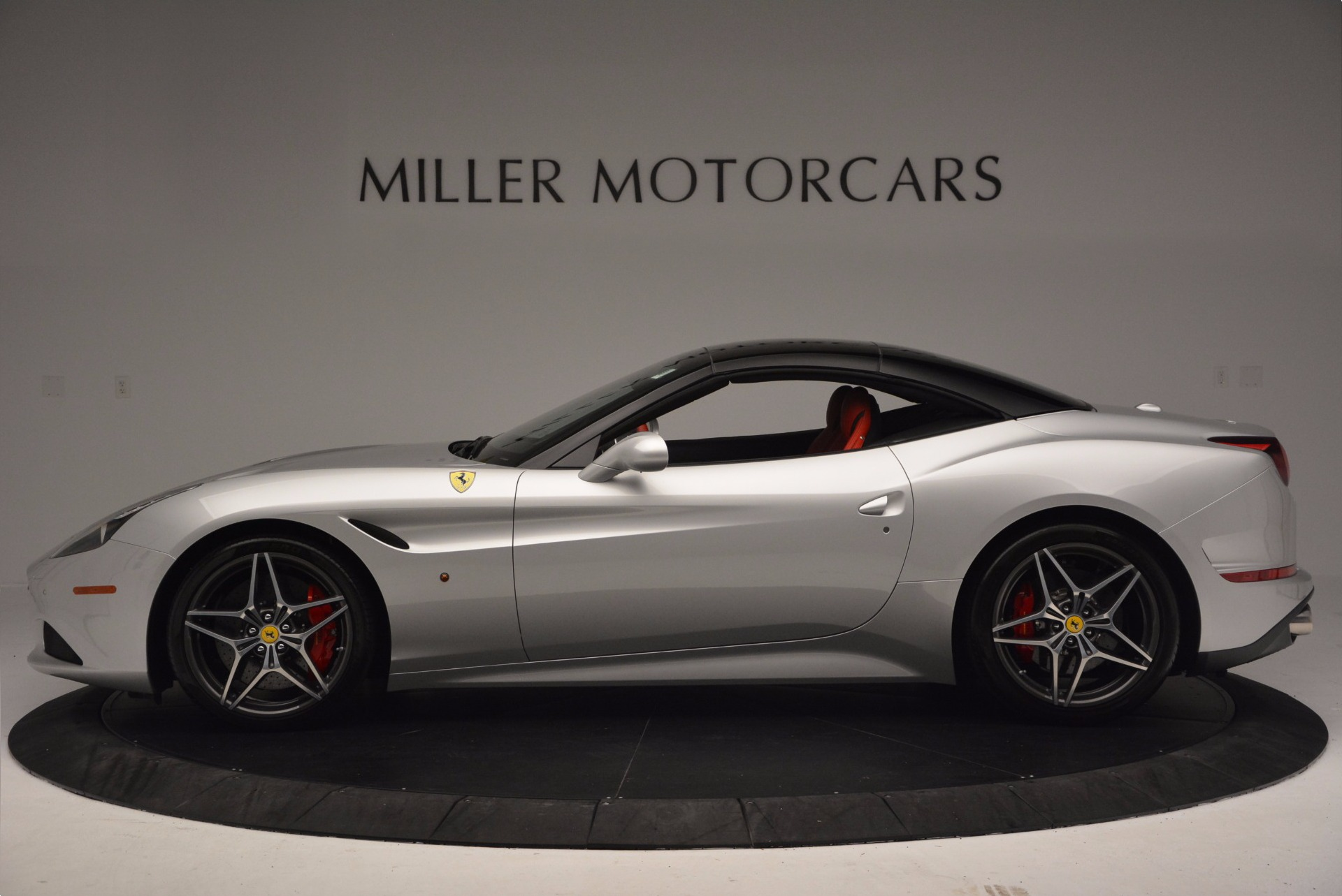 Used 2015 Ferrari California T  For Sale In Greenwich, CT. Alfa Romeo of Greenwich, 4562A 1808_p15