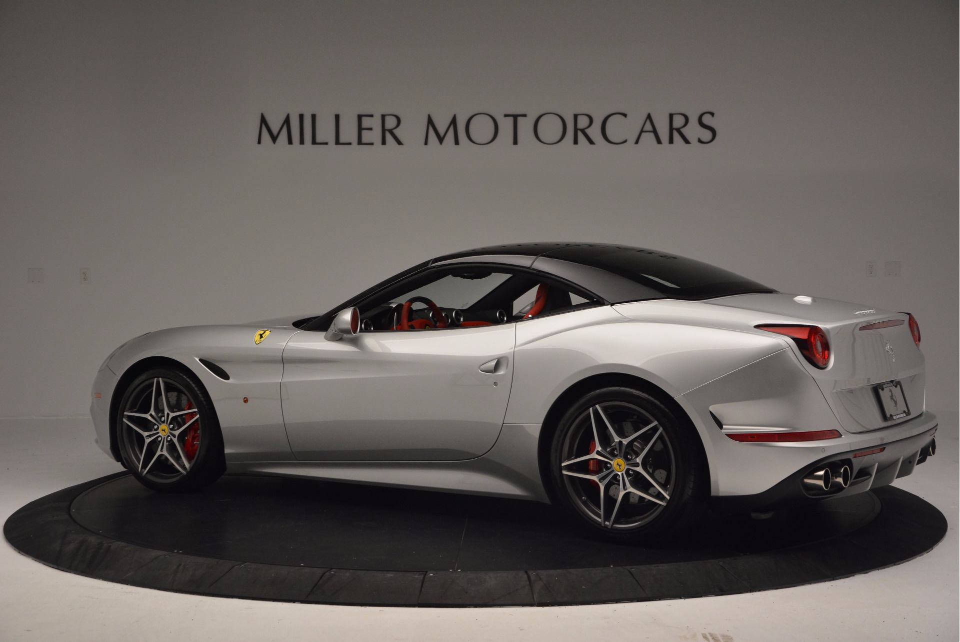 Used 2015 Ferrari California T  For Sale In Greenwich, CT. Alfa Romeo of Greenwich, 4562A 1808_p16