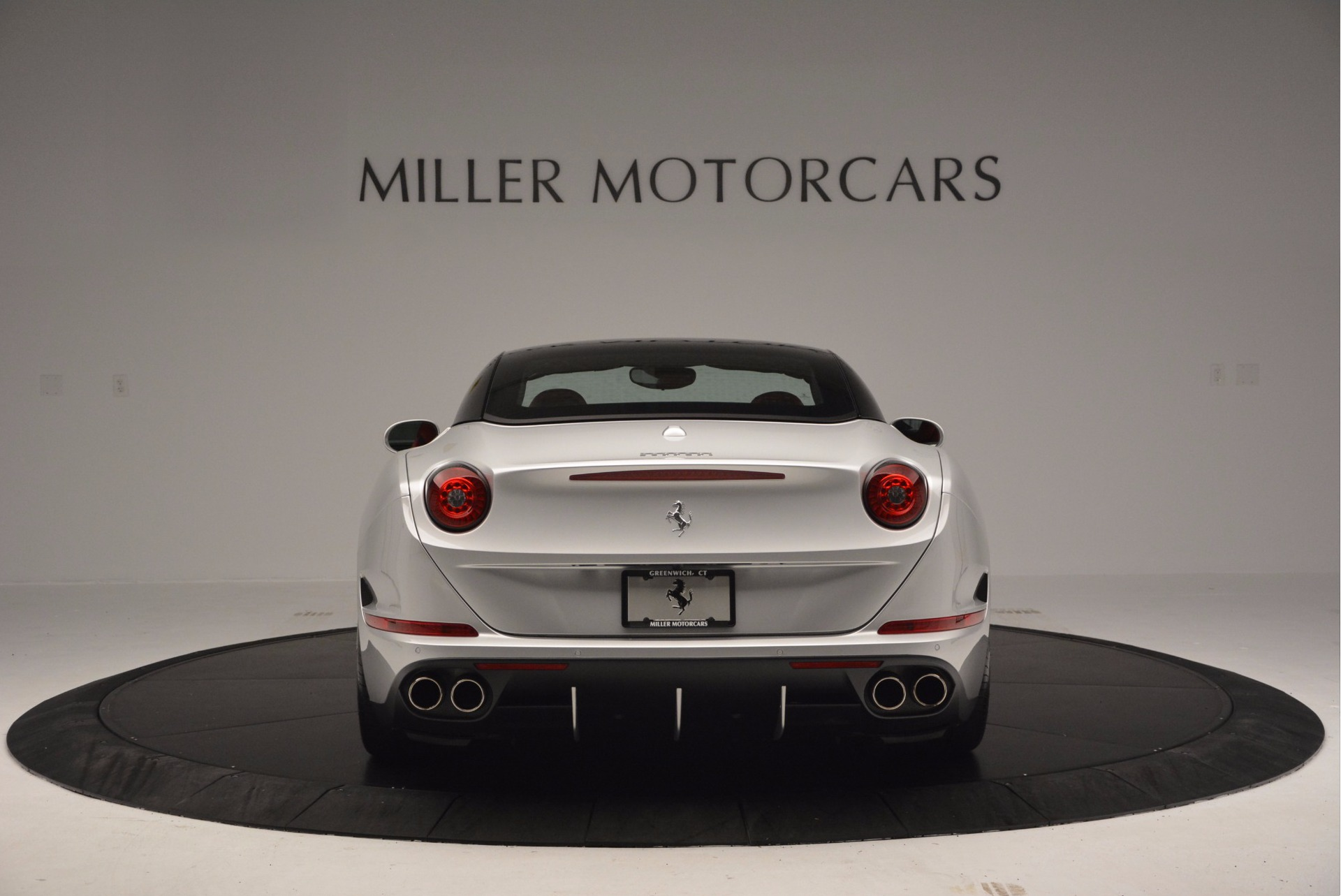 Used 2015 Ferrari California T  For Sale In Greenwich, CT. Alfa Romeo of Greenwich, 4562A 1808_p18
