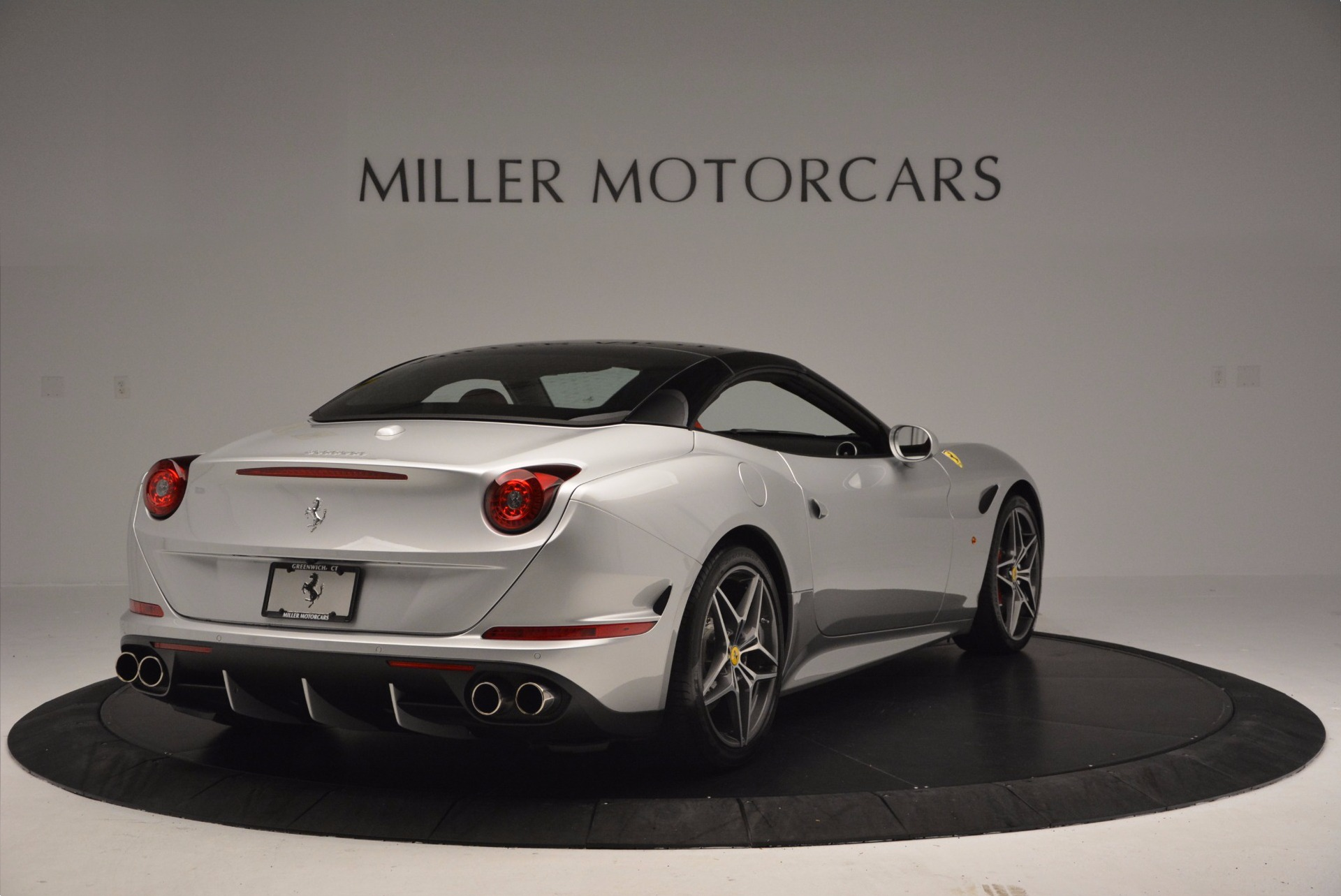 Used 2015 Ferrari California T  For Sale In Greenwich, CT. Alfa Romeo of Greenwich, 4562A 1808_p19