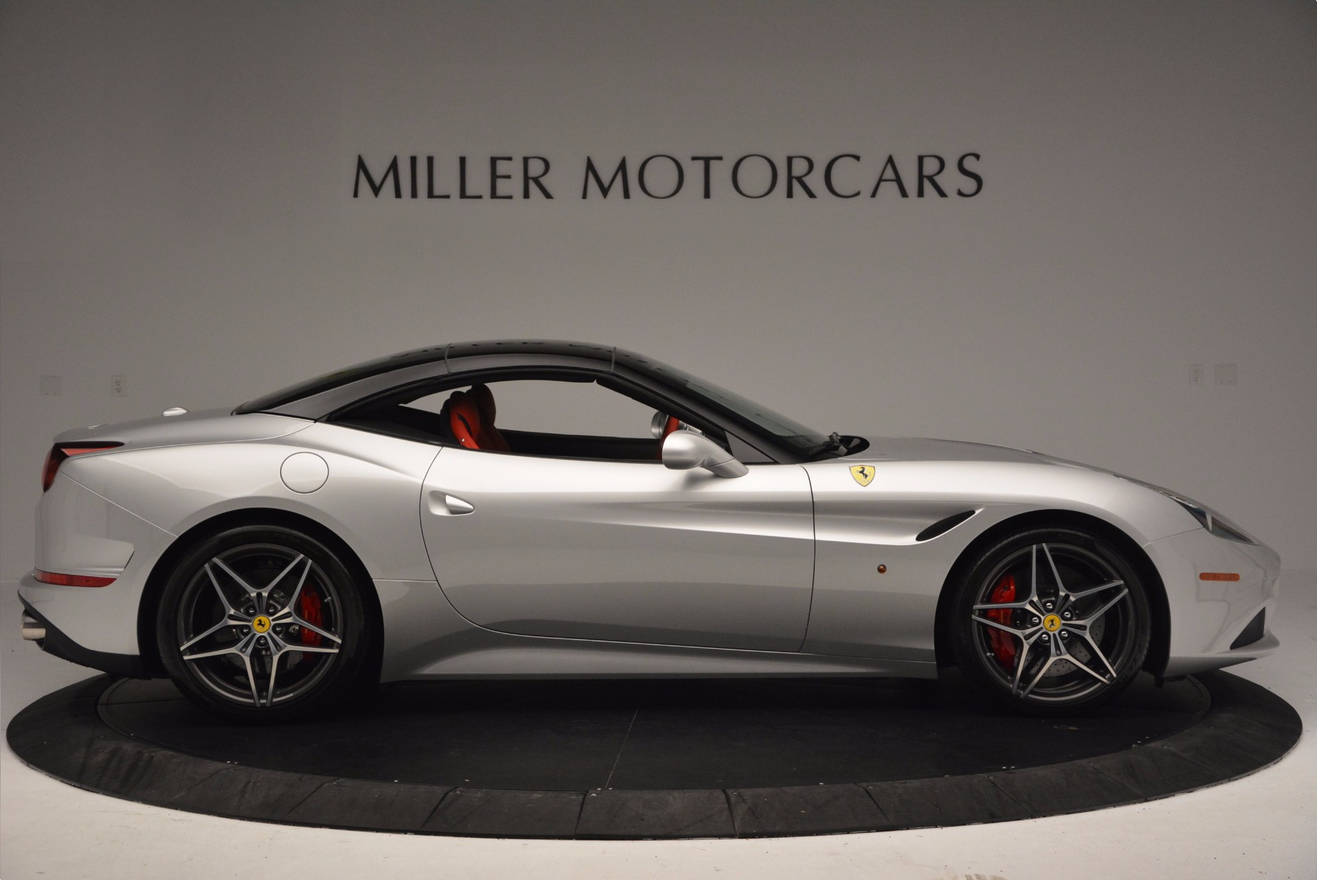 Used 2015 Ferrari California T  For Sale In Greenwich, CT. Alfa Romeo of Greenwich, 4562A 1808_p21