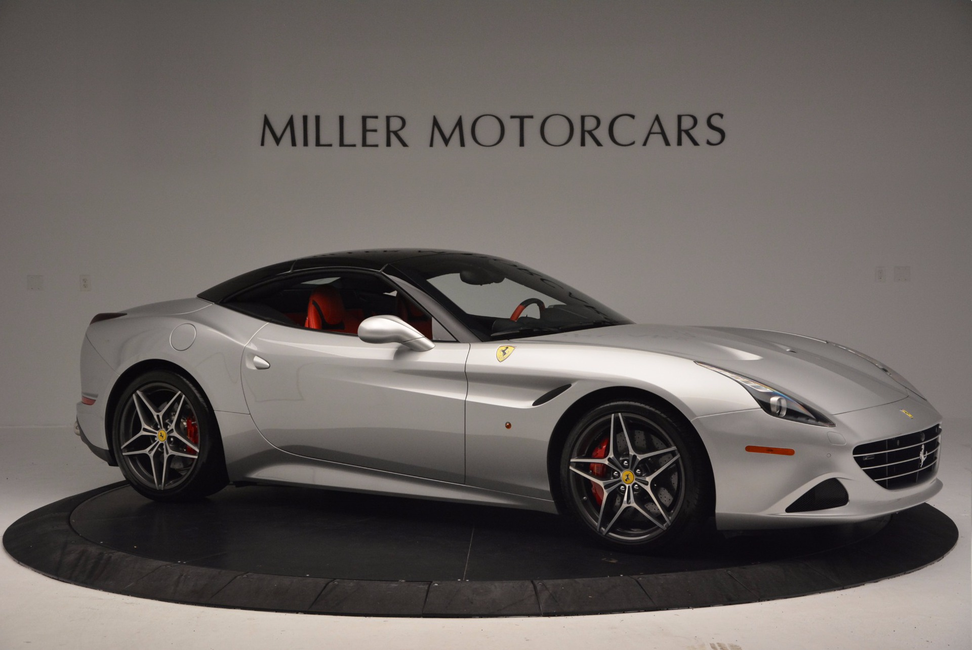 Used 2015 Ferrari California T  For Sale In Greenwich, CT. Alfa Romeo of Greenwich, 4562A 1808_p22