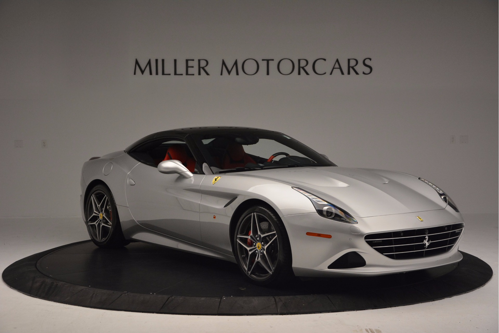Used 2015 Ferrari California T  For Sale In Greenwich, CT. Alfa Romeo of Greenwich, 4562A 1808_p23