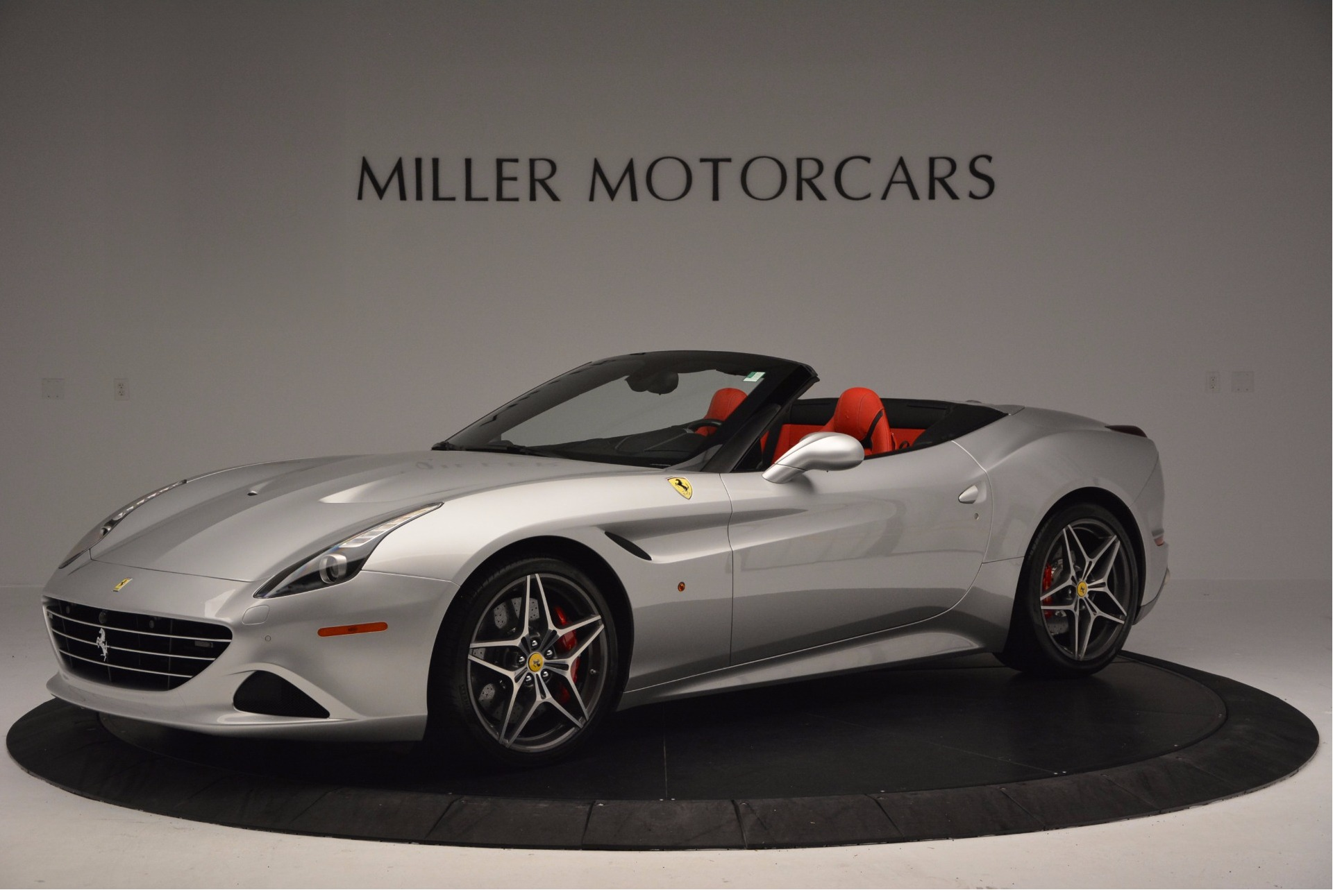 Used 2015 Ferrari California T  For Sale In Greenwich, CT. Alfa Romeo of Greenwich, 4562A 1808_p2