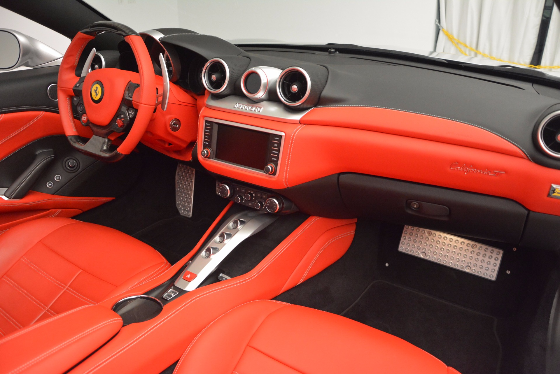 Used 2015 Ferrari California T  For Sale In Greenwich, CT. Alfa Romeo of Greenwich, 4562A 1808_p30
