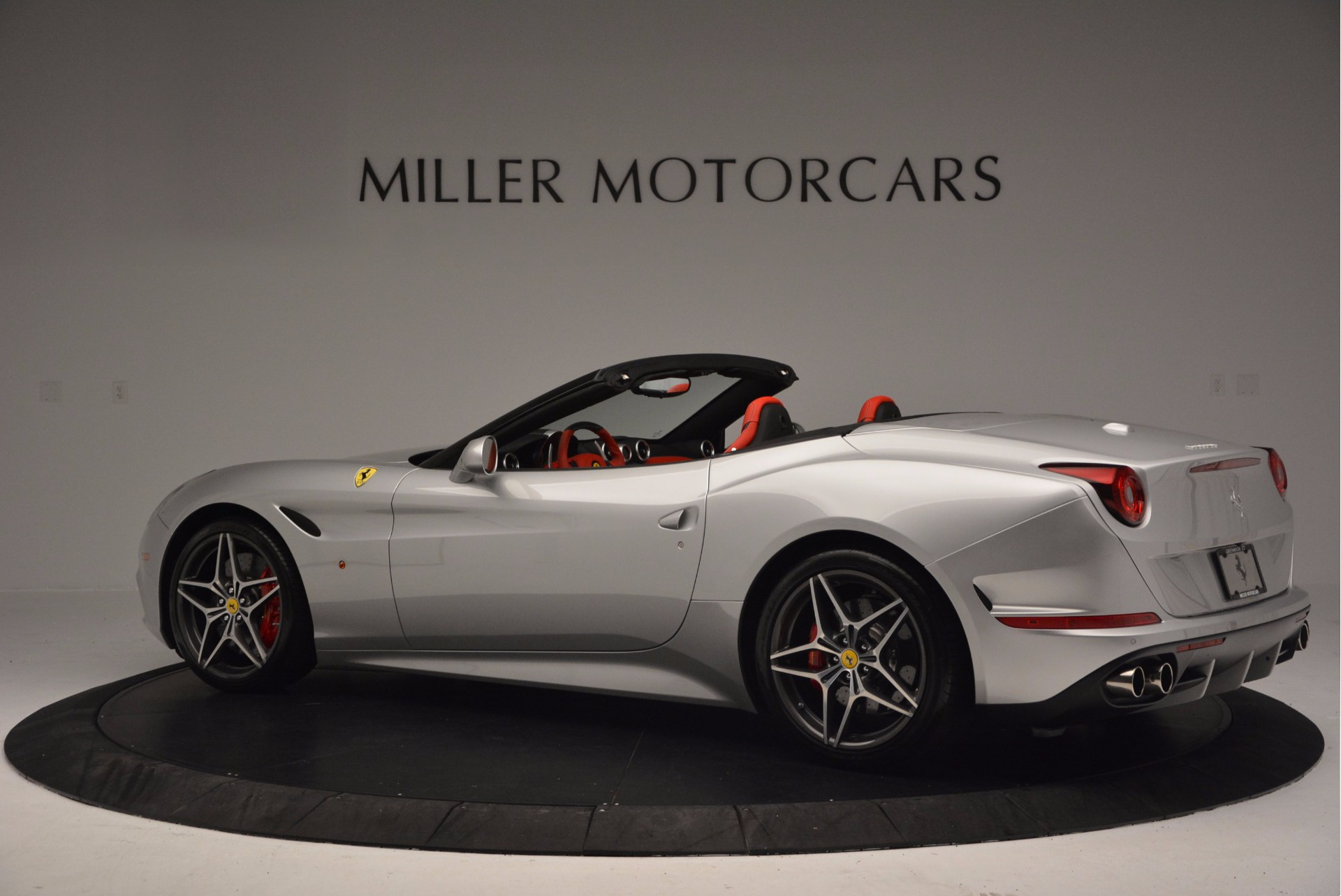Used 2015 Ferrari California T  For Sale In Greenwich, CT. Alfa Romeo of Greenwich, 4562A 1808_p4